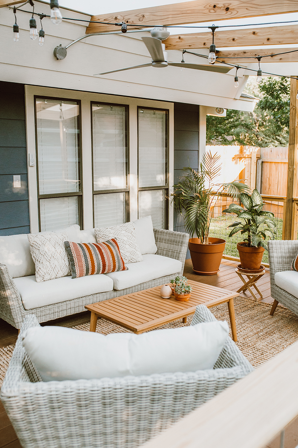 livvyland-blog-olivia-watson-before-after-outside-patio-renovation-reveal-furniture-austin-texas-lifestyle-blogger-4