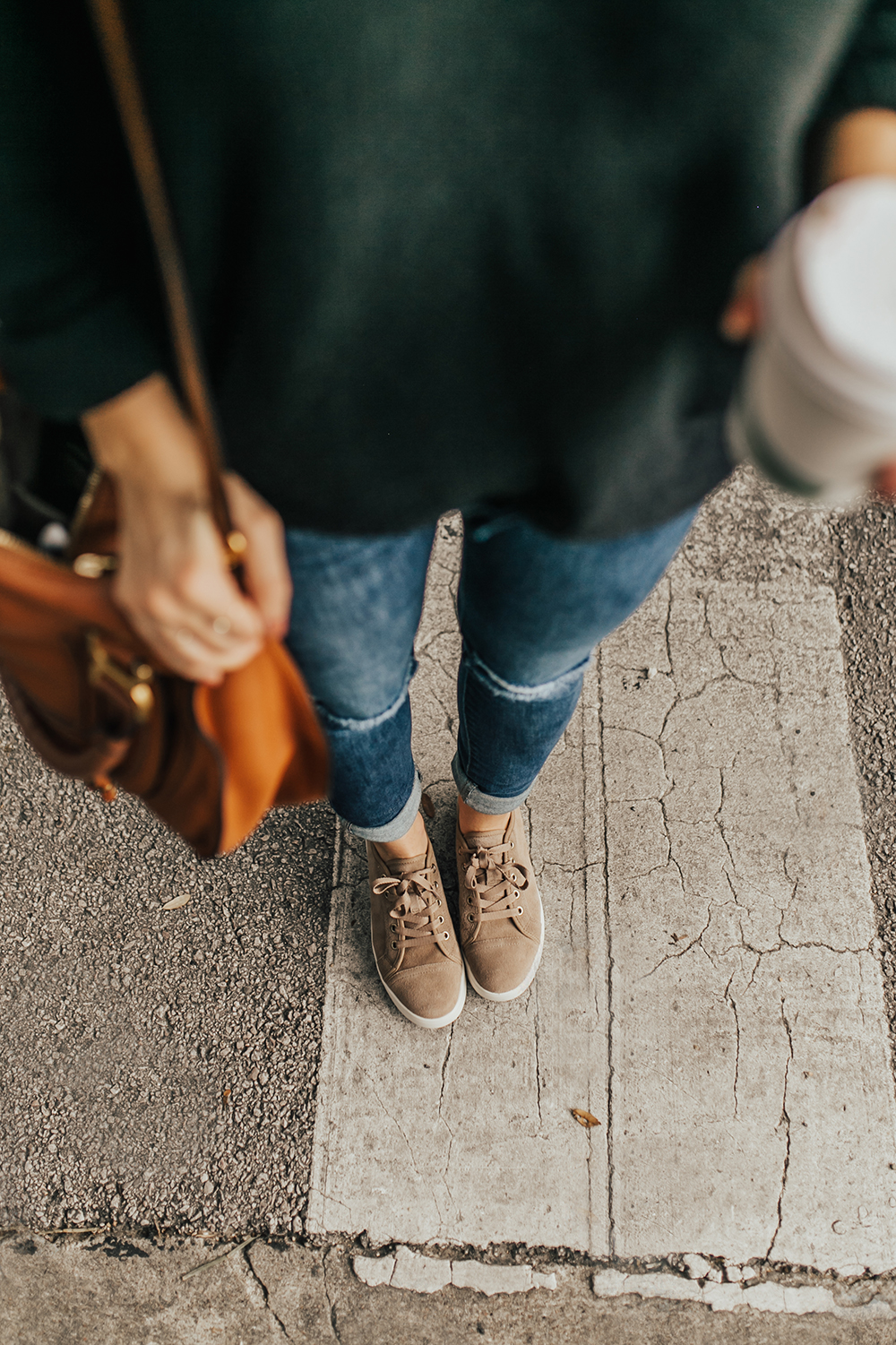 livvyland-blog-olivia-watson-austin-texas-fashion-style-blogger-koolaburra-ugg-taupe-suede-sneakers-fall-outfit-1