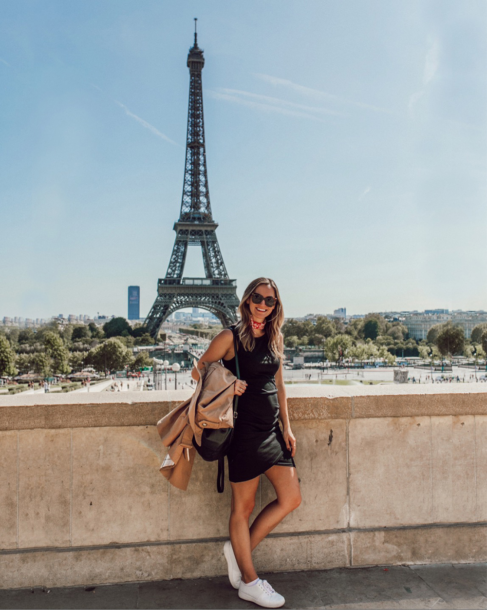 livvyland-blog-olivia-watson-princess-cruise-british-isles-eiffel-tower-pregnancy-style-paris-france-what-to-wear-pack-itinerary-2