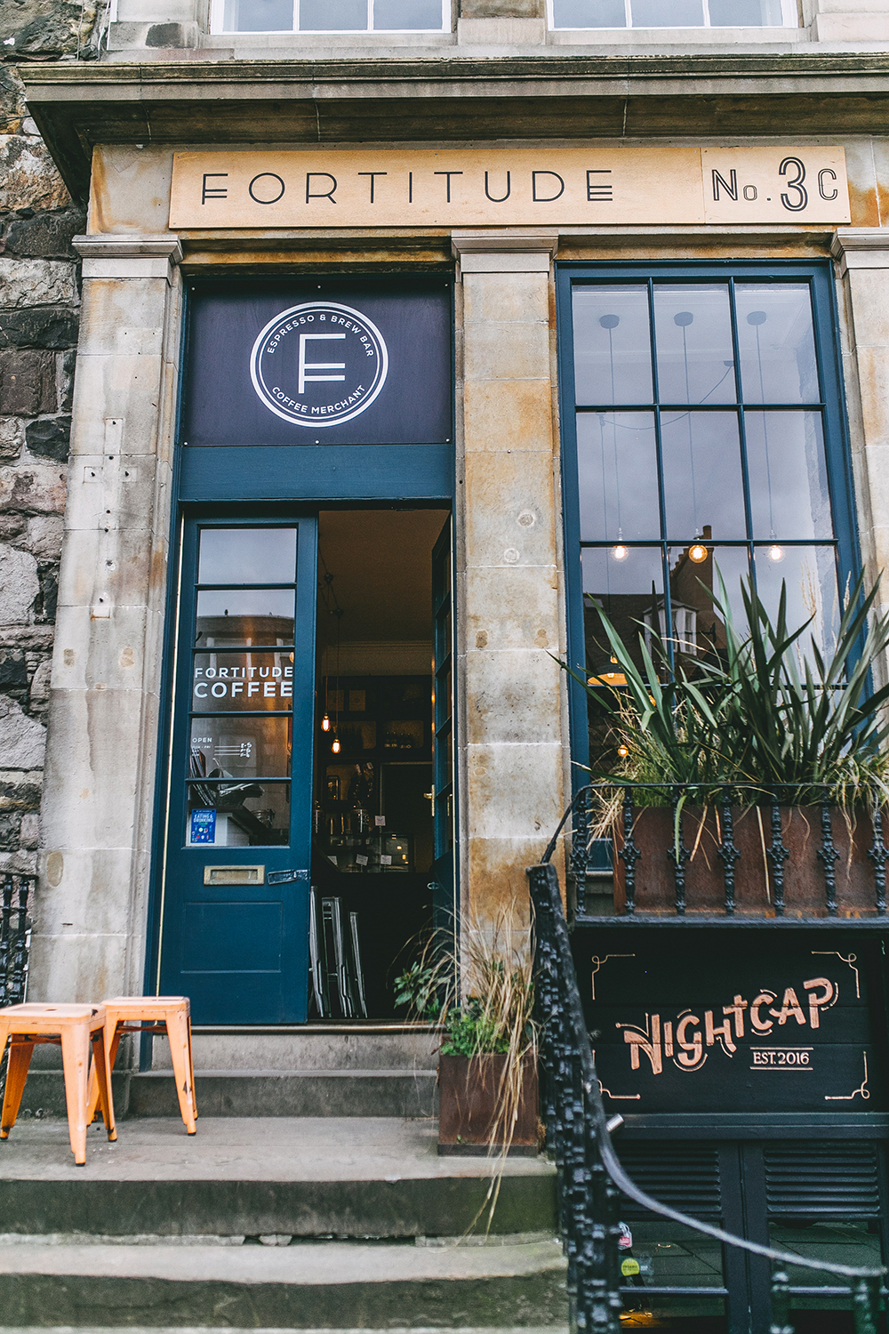 livvyland-blog-olivia-watson-things-to-do-edinburgh-scotland-day-trip-fortitude-coffee-shop-3