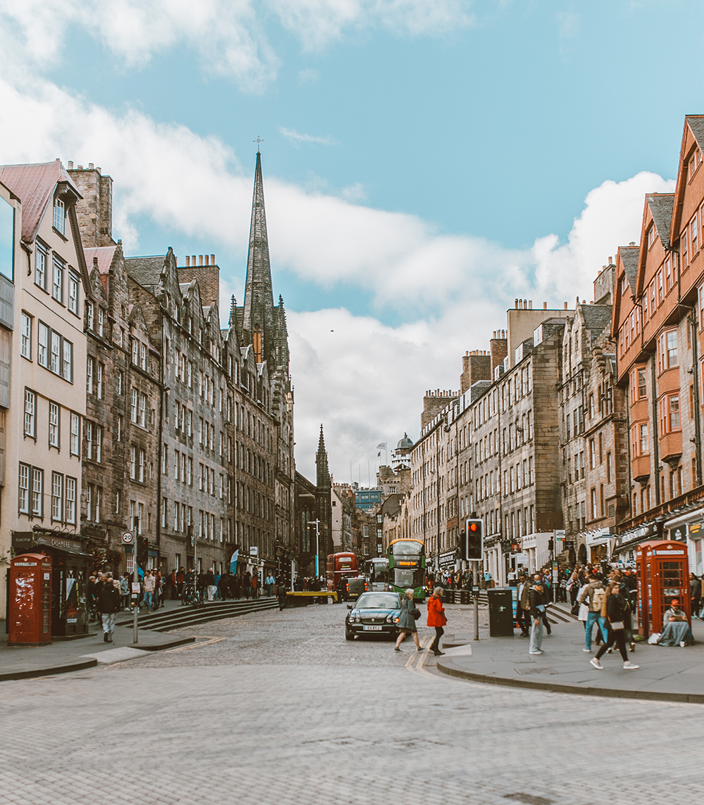 livvyland-blog-olivia-watson-things-to-do-edinburgh-scotland-day-trip-royal-mile-3