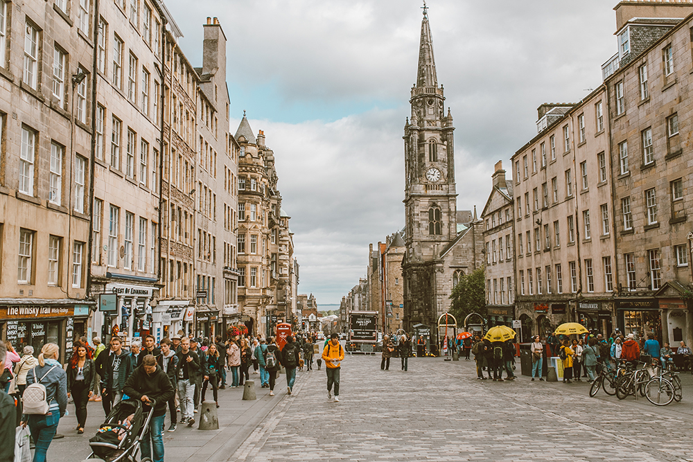 livvyland-blog-olivia-watson-things-to-do-edinburgh-scotland-day-trip-royal-mile-7
