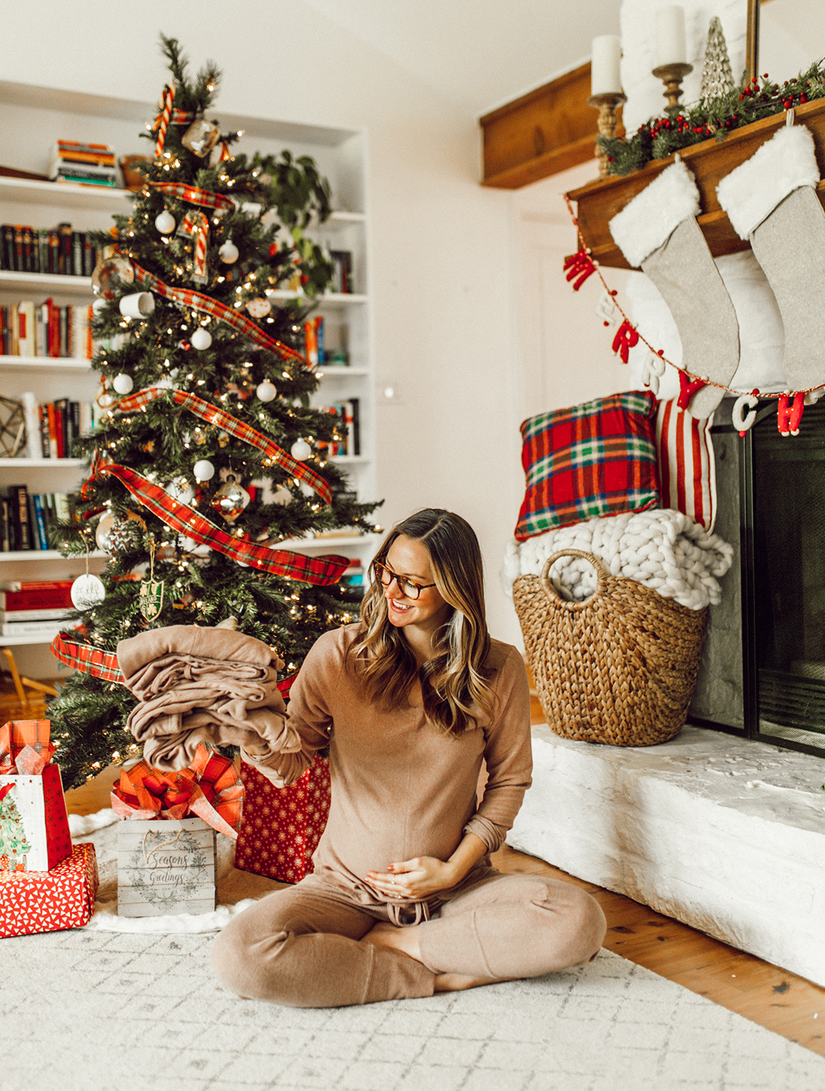 livvyland-blog-olivia-watson-austin-texas-fashion-blogger-cozy-christmas-gift-idea-bobeau-loungewear-9