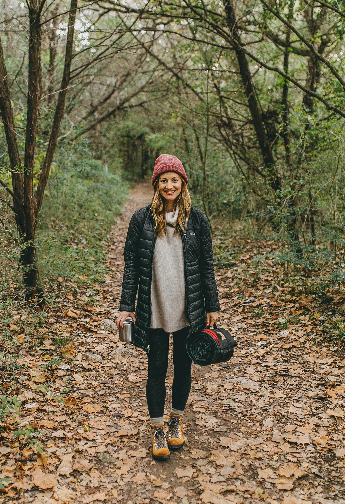livvyland-blog-olivia-watson-austin-texas-fashion-lifestyle-blogger-greenbelt-fall-patagonia-radalie-parka-sorel-ainsley-boots-hiking-outfit-backcountry-2