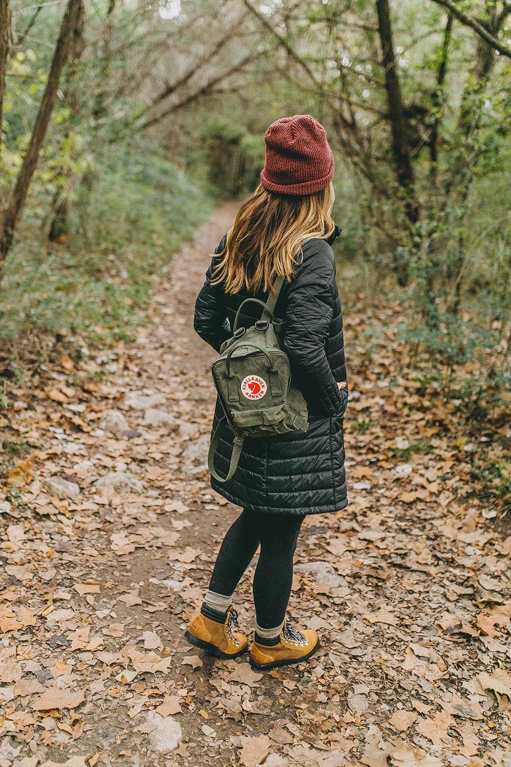 livvyland-blog-olivia-watson-austin-texas-fashion-lifestyle-blogger-greenbelt-fall-patagonia-radalie-parka-sorel-ainsley-boots-hiking-outfit-backcountry-9