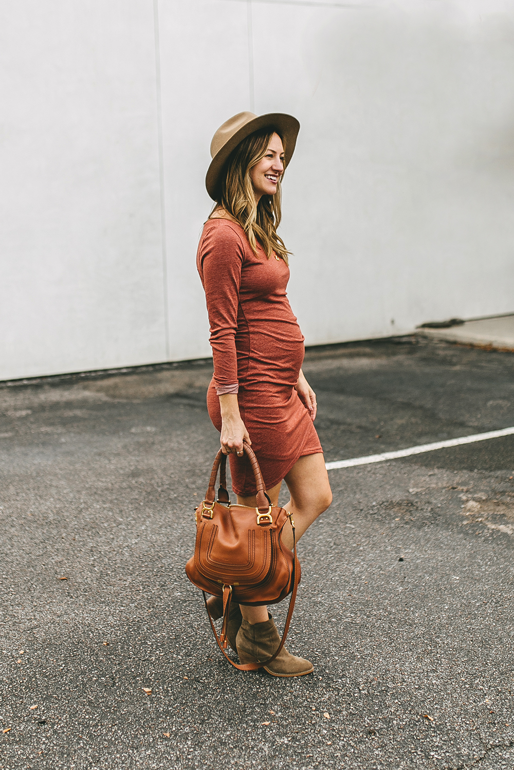 livvyland-blog-olivia-watson-austin-texas-fashion-style-blogger-bohemian-maternity-dress-cute-pregnancy-outfit-idea-4