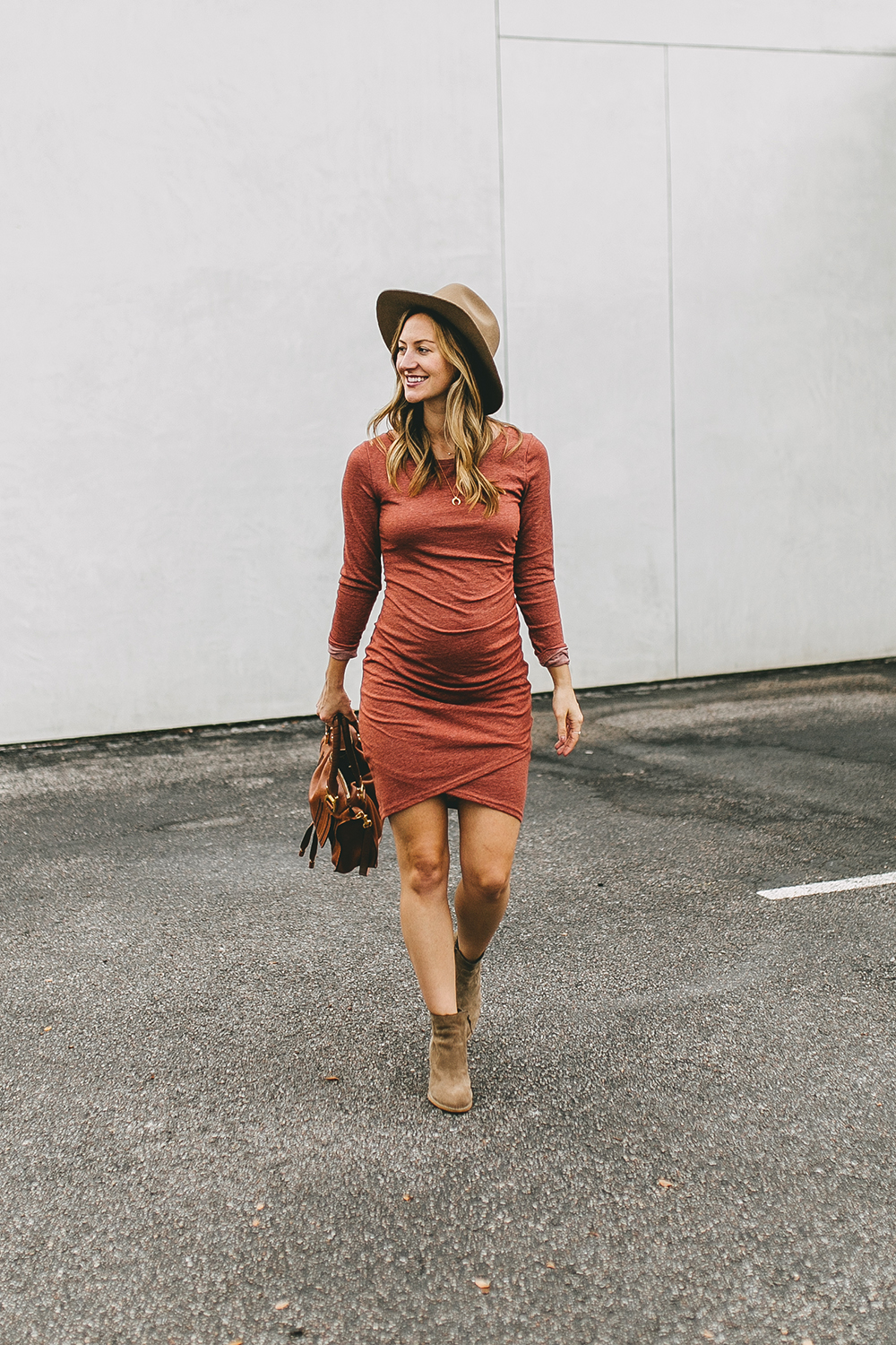 livvyland-blog-olivia-watson-austin-texas-fashion-style-blogger-bohemian-maternity-dress-cute-pregnancy-outfit-idea-5