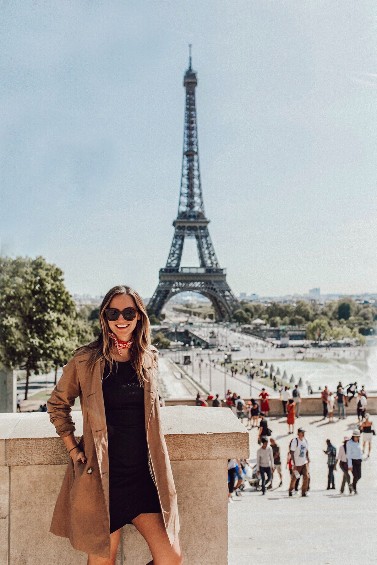 livvyland-blog-olivia-watson-austin-texas-travel-lifestyle-blogger-day-trip-paris-itinerary-10