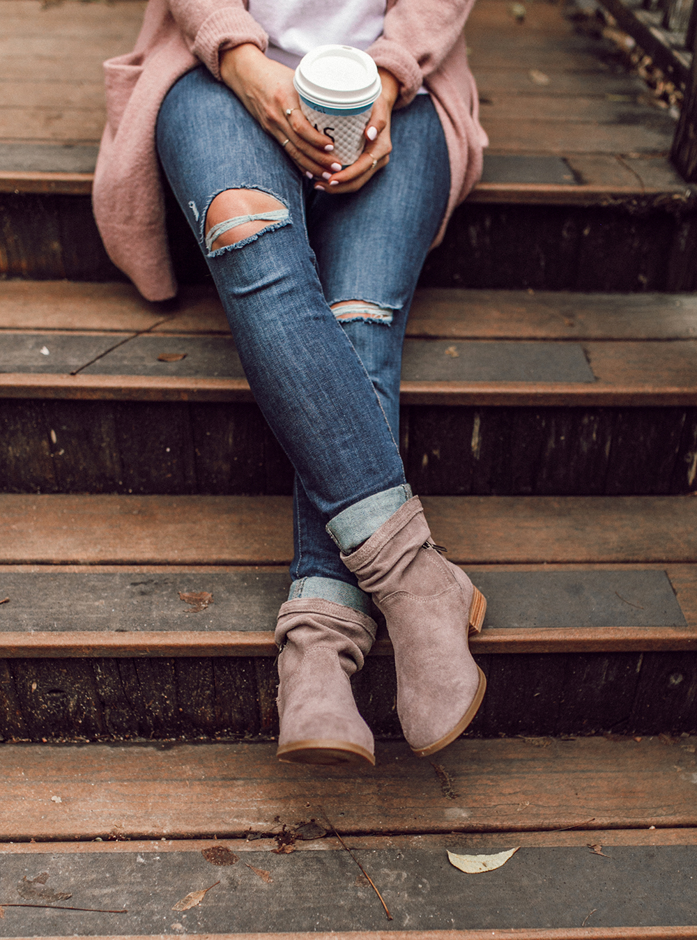 livvyland-blog-olivia-watson-austin-texas-fashion-lifestyle-blogger-koolaburra-lorelei-flat-ankle-booties-taupe-1