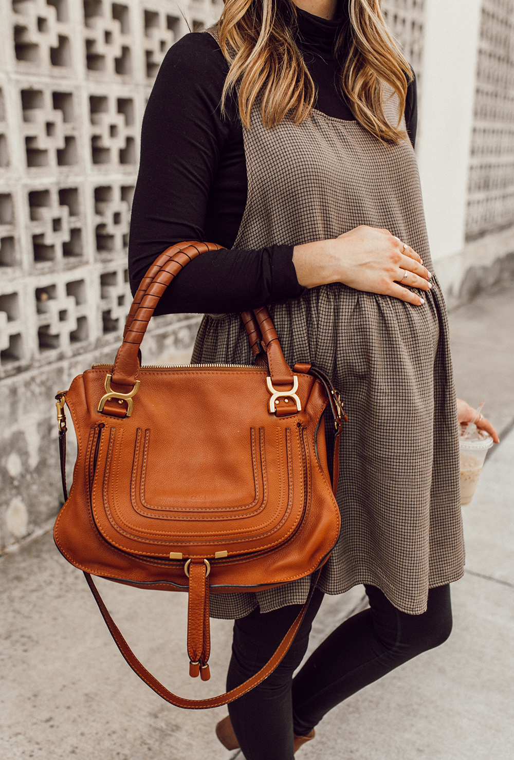 livvyland-blog-olivia-watson-austin-texas-third-trimester-pregnancy-maternity-outfit-idea-chloe-marcie-medium-1