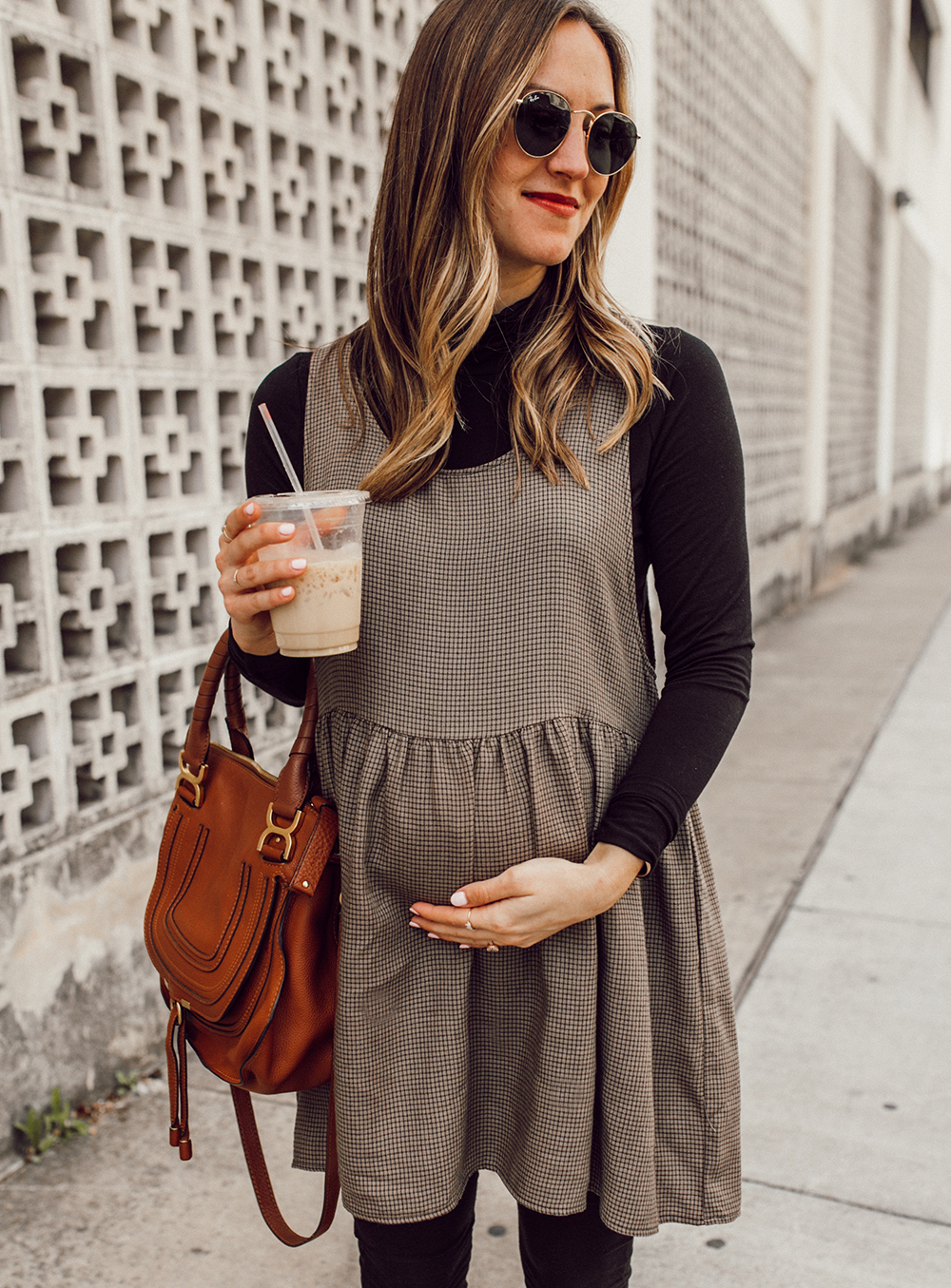 livvyland-blog-olivia-watson-austin-texas-third-trimester-pregnancy-maternity-outfit-idea-chloe-marcie-medium-4