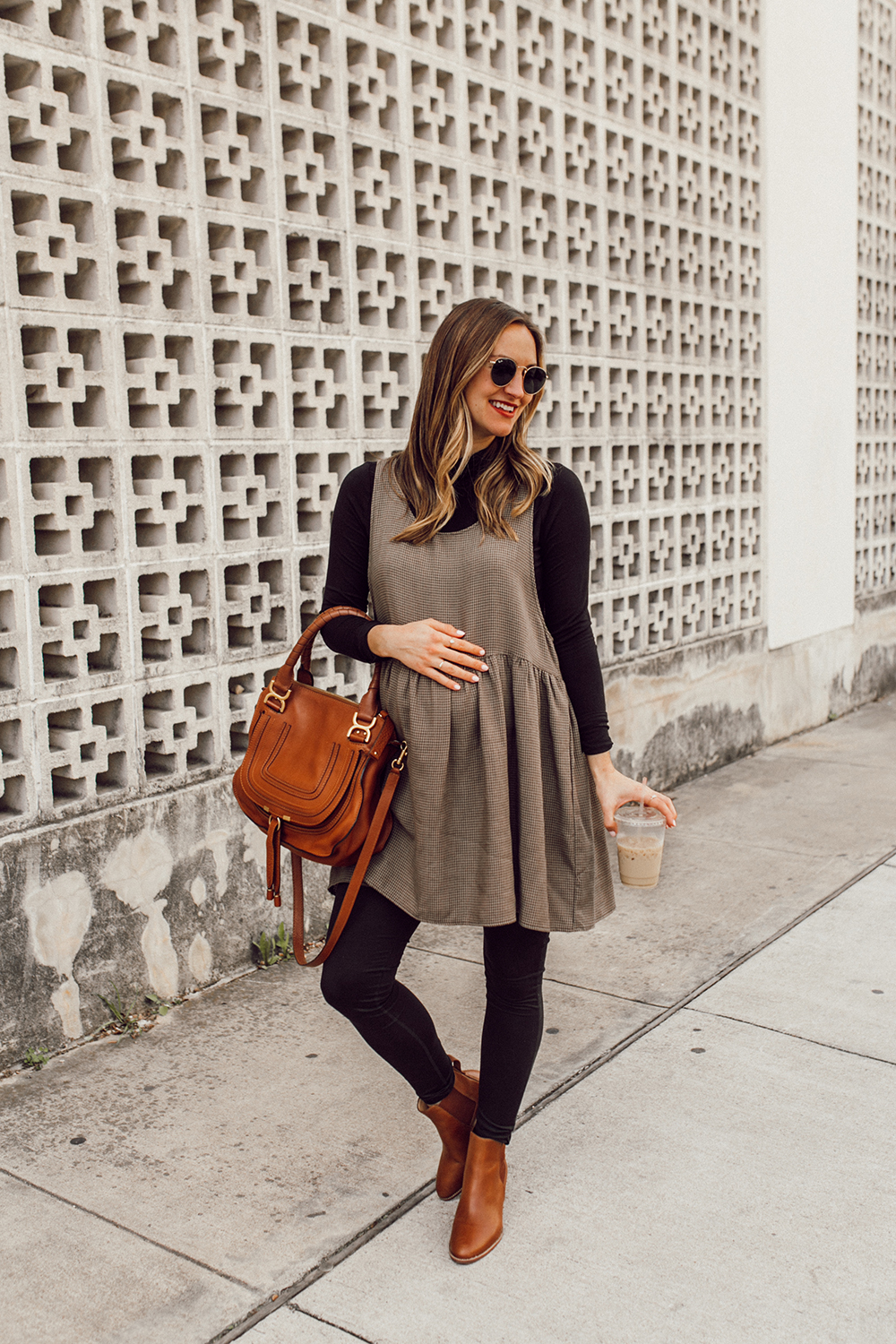 livvyland-blog-olivia-watson-austin-texas-third-trimester-pregnancy-maternity-outfit-idea-chloe-marcie-medium-5