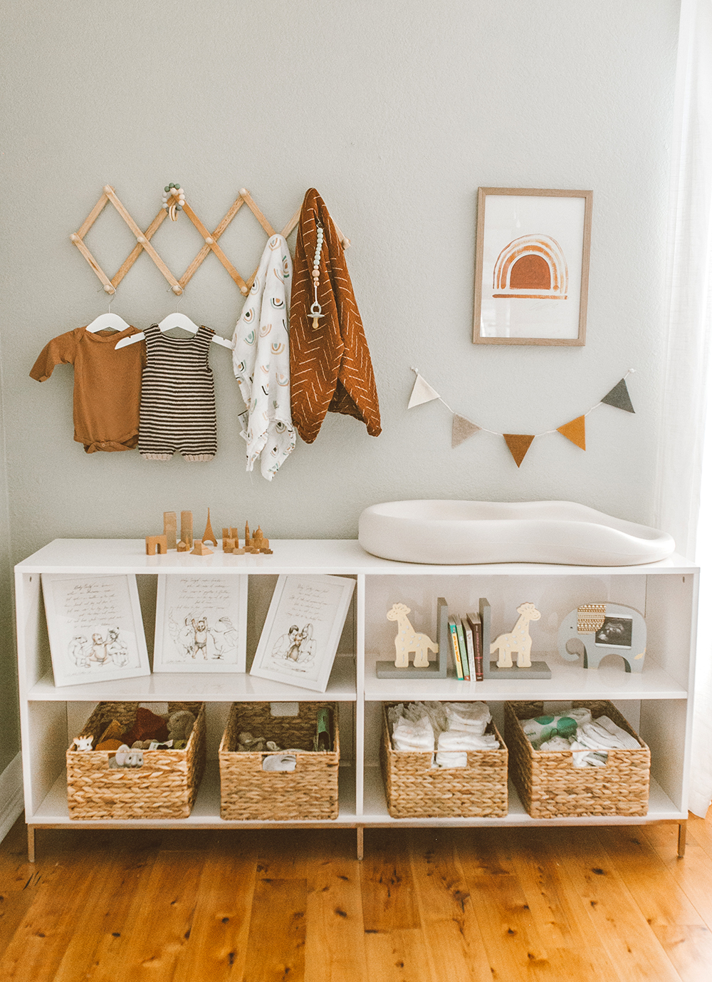 livvyland-blog-olivia-watson-baby-boy-gender-neutral-safari-nursery-theme-tour-reveal-earth-tones-3