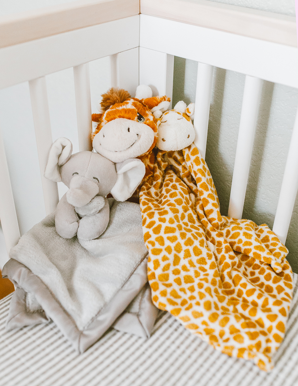 livvyland-blog-olivia-watson-baby-boy-gender-neutral-safari-nursery-theme-tour-reveal-earth-tones-7
