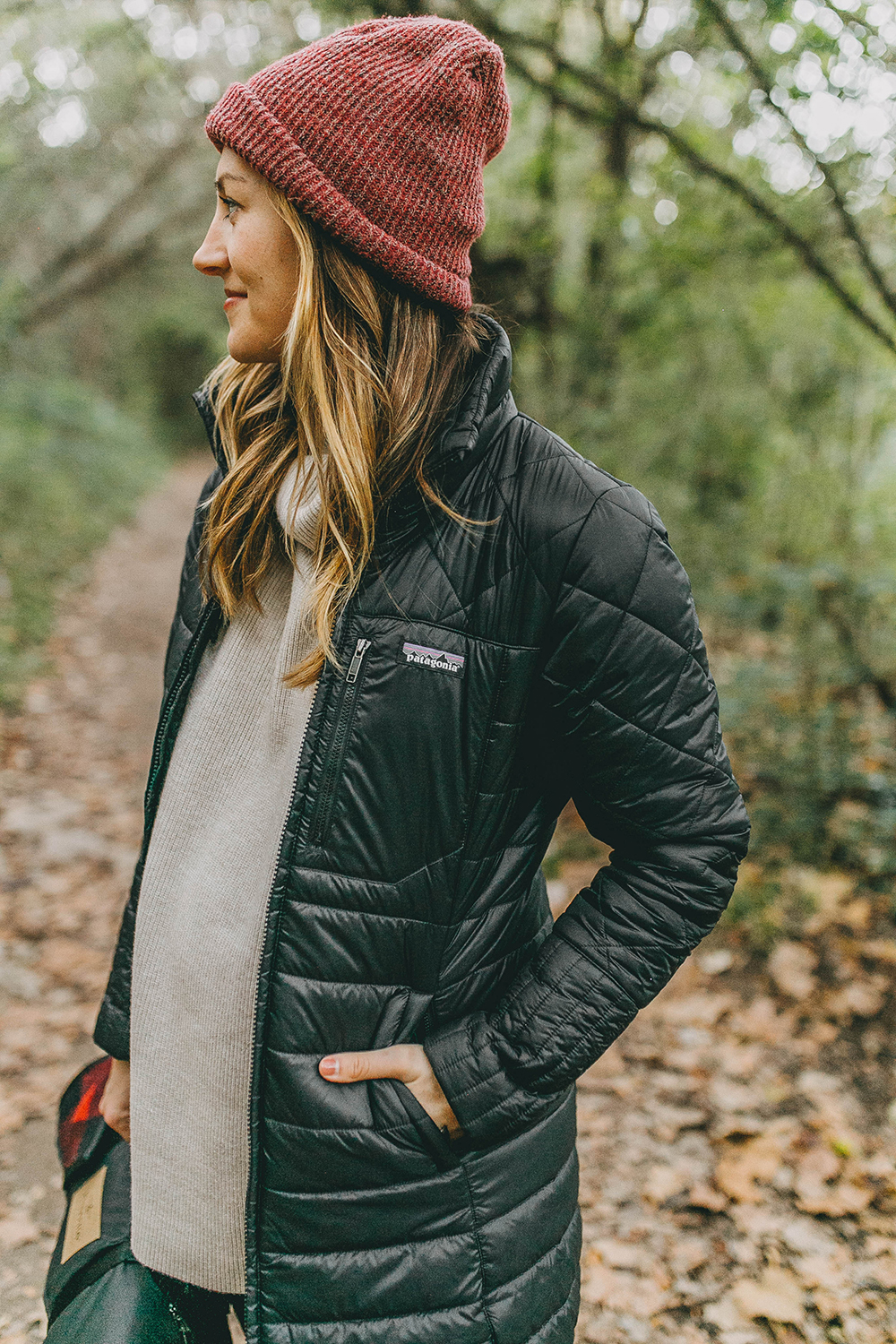 livvyland-blog-olivia-watson-austin-texas-fashion-lifestyle-blogger-greenbelt-fall-patagonia-radalie-parka-sorel-ainsley-boots-hiking-outfit-backcountry-7
