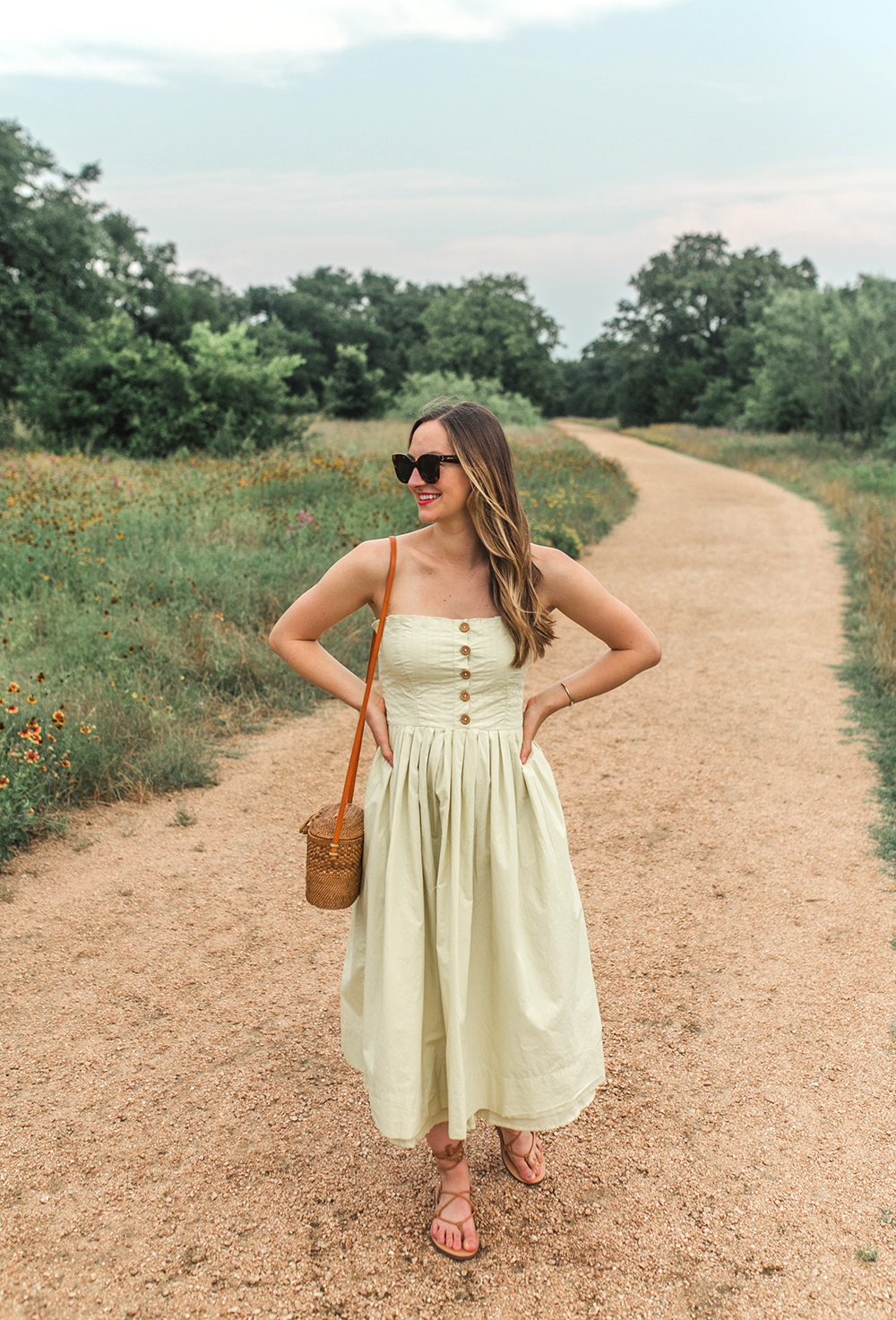 livvyland-blog-olivia-watson-austin-texas-style-blogger-trunk-club-free-people-lilah-pleated-midi-tube-dress-limeade-2