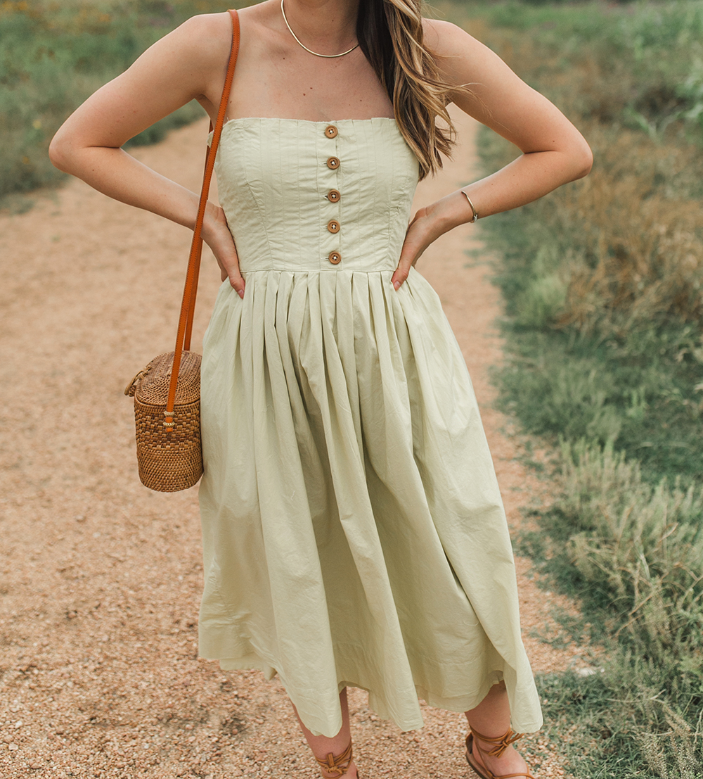 livvyland-blog-olivia-watson-austin-texas-style-blogger-trunk-club-free-people-lilah-pleated-midi-tube-dress-limeade-6