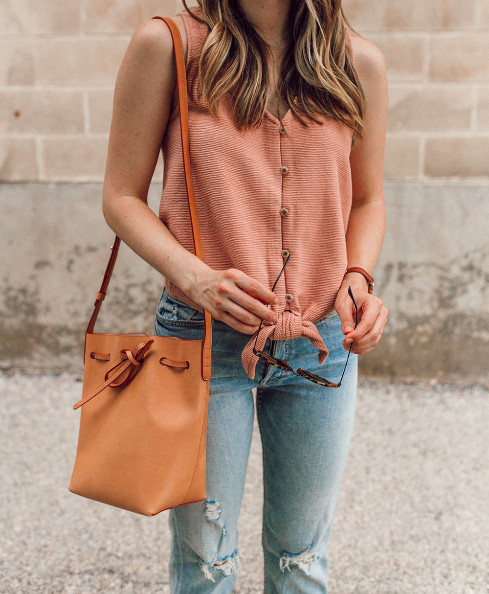 livvyland-blog-olivia-watson-austin-texas-style-blogger-trunk-club-madewell-pink-front-tie-top-mother-tomcat-ankle-straight-leg-jeans-2