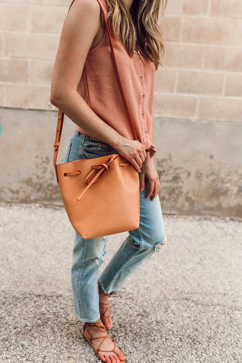 livvyland-blog-olivia-watson-austin-texas-style-blogger-trunk-club-madewell-pink-front-tie-top-mother-tomcat-ankle-straight-leg-jeans-3