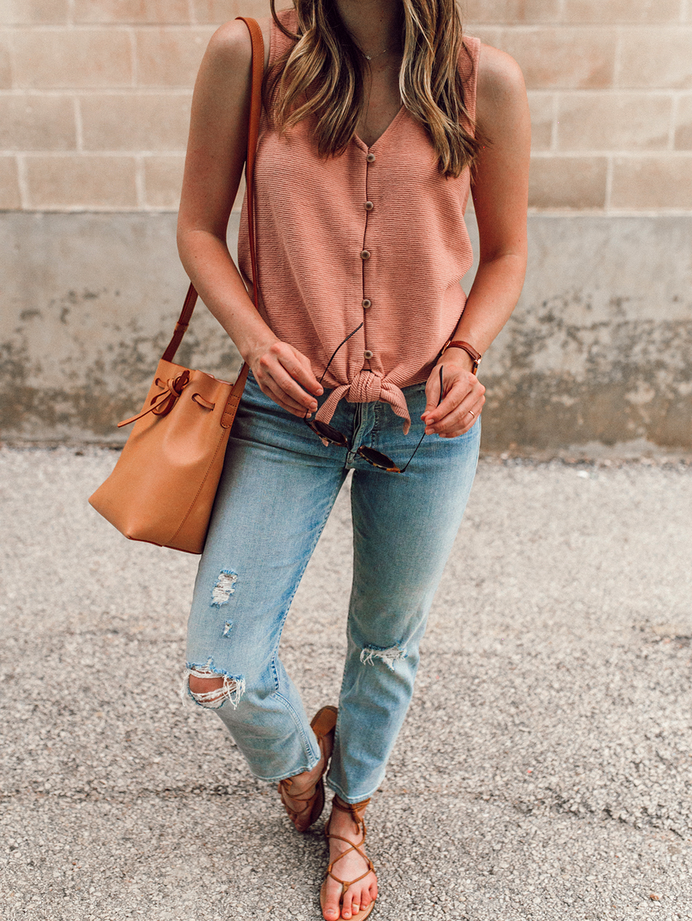 livvyland-blog-olivia-watson-austin-texas-style-blogger-trunk-club-madewell-pink-front-tie-top-mother-tomcat-ankle-straight-leg-jeans-7
