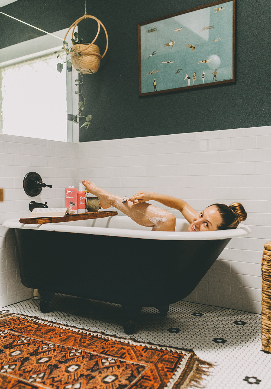 livvyland-blog-olivia-watson-joy-razor-shave-walmart-bubble-bath-4