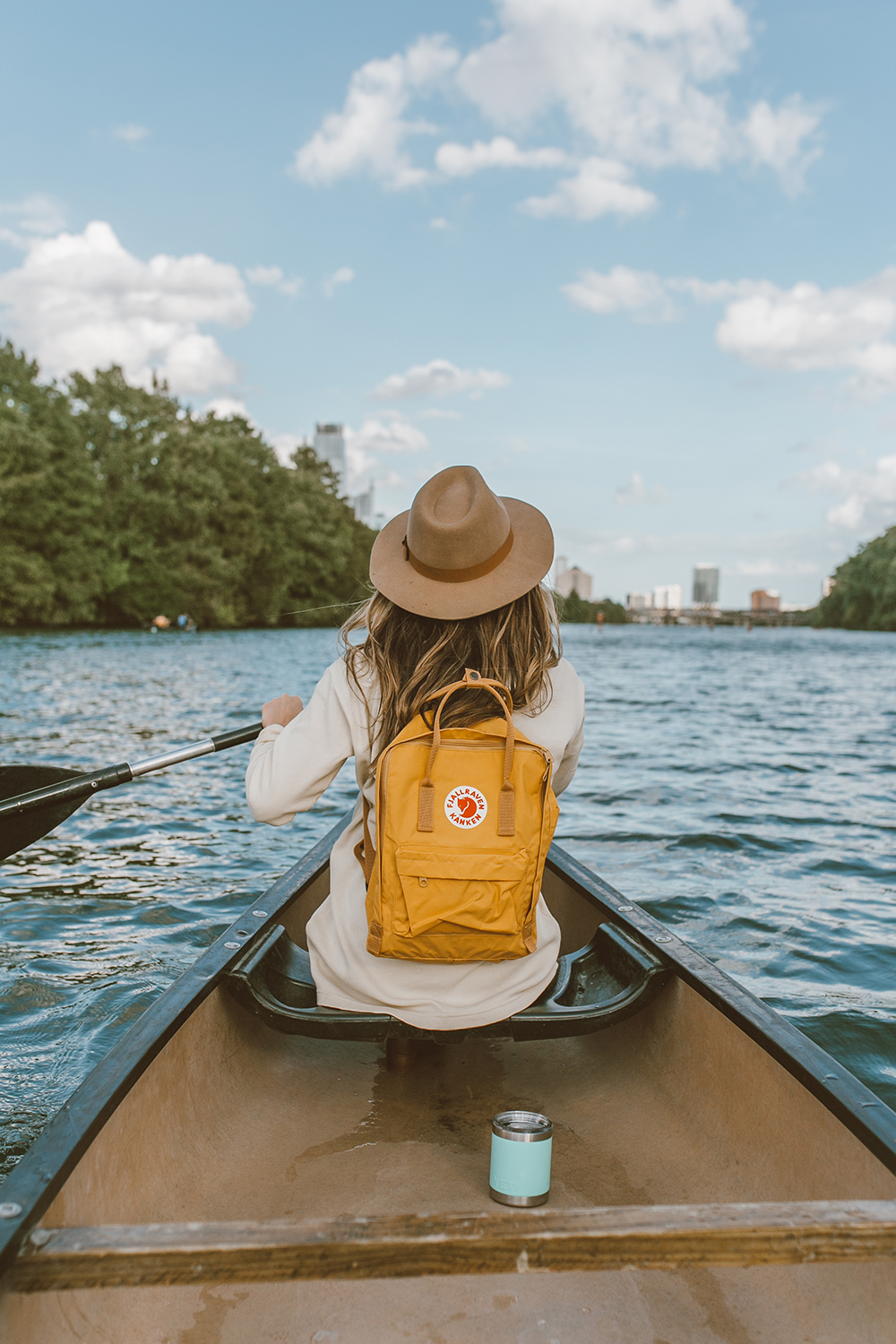 livvyland-blog-olivia-watson-canoe-lady-bird-lake-austin-texas-lifestyle-fashion-blogger-backcountry-fjallraven-kanken-ochre-mustard-yellow-backpack-yeti-rambler-1