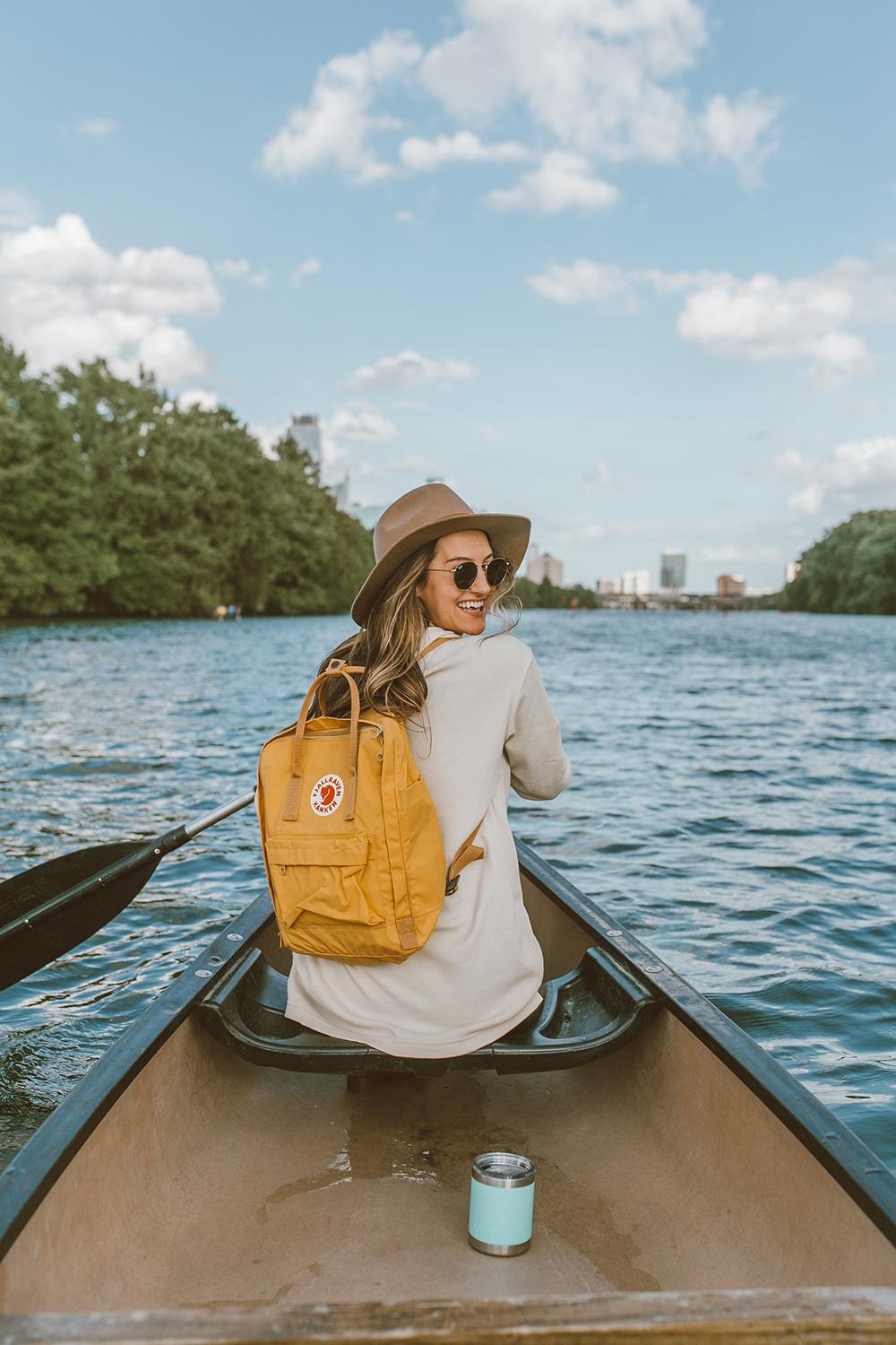 livvyland-blog-olivia-watson-canoe-lady-bird-lake-austin-texas-lifestyle-fashion-blogger-backcountry-patagonia-tunic-yeti-rambler-2