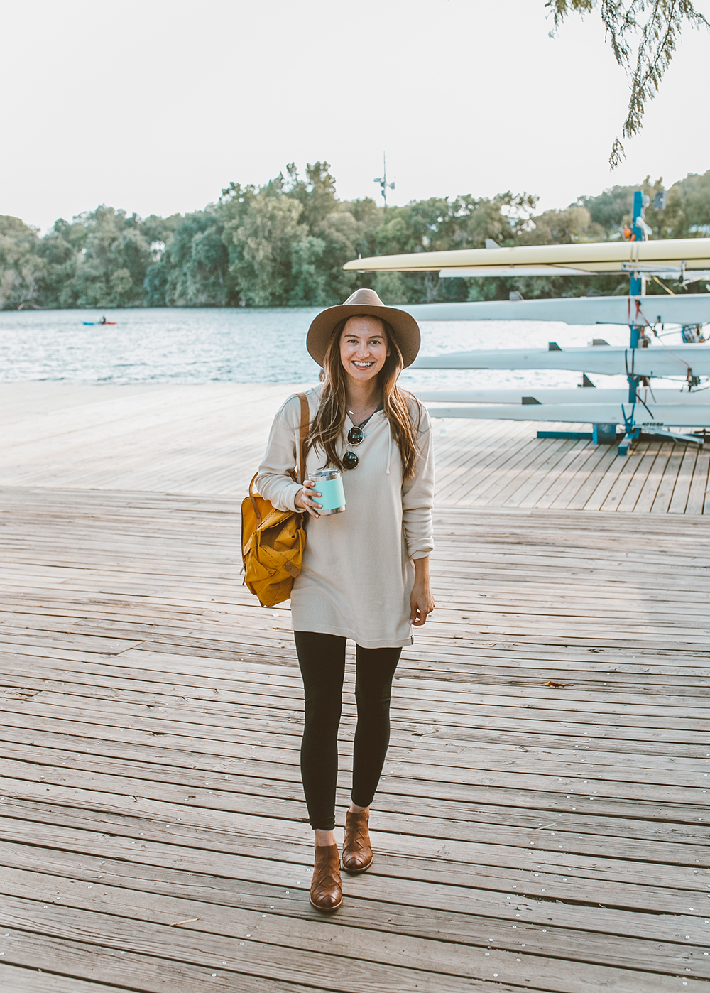 livvyland-blog-olivia-watson-canoe-lady-bird-lake-austin-texas-lifestyle-fashion-blogger-backcountry-patagonia-waffle-hooded-knit-tunic-3