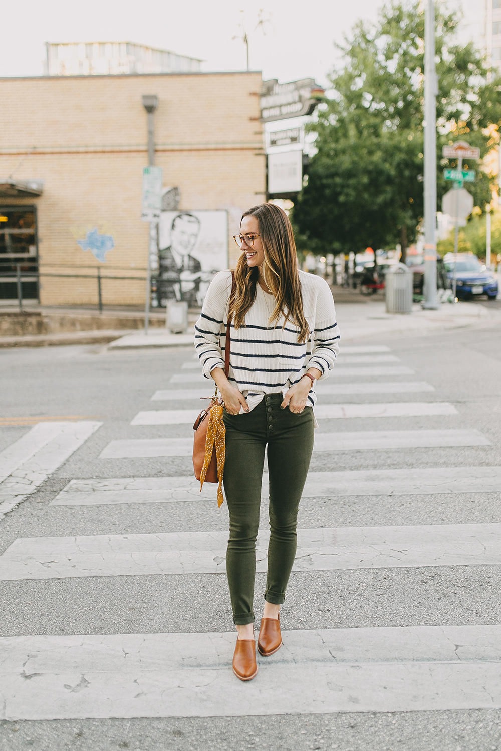 livvyland-blog-olivia-watson-austin-texas-fashion-lifestyle-blogger-madewell-olive-skinny-jeans-striped-sweater-trunk-club-review-1