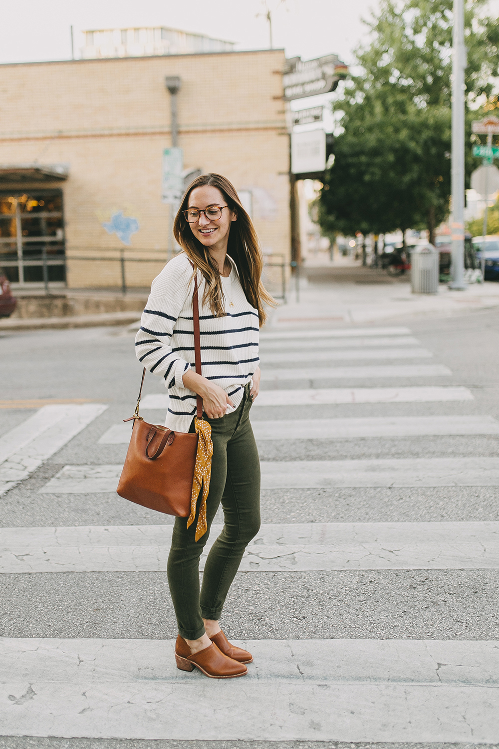 livvyland-blog-olivia-watson-austin-texas-fashion-lifestyle-blogger-madewell-olive-skinny-jeans-striped-sweater-trunk-club-review-2