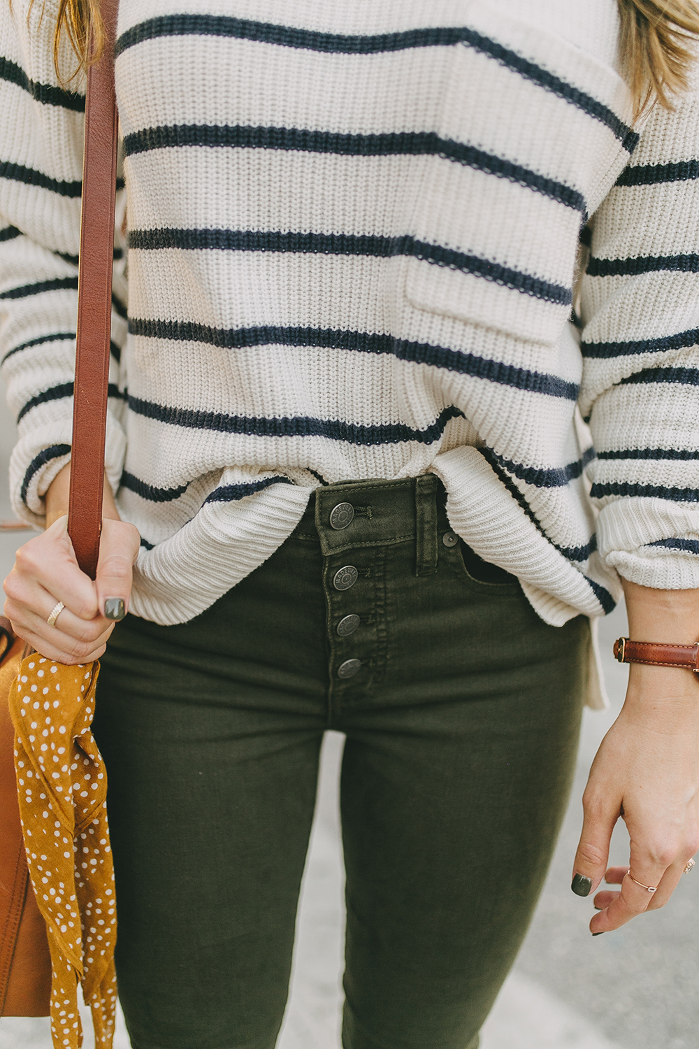 livvyland-blog-olivia-watson-austin-texas-fashion-lifestyle-blogger-madewell-olive-skinny-jeans-striped-sweater-trunk-club-review-4
