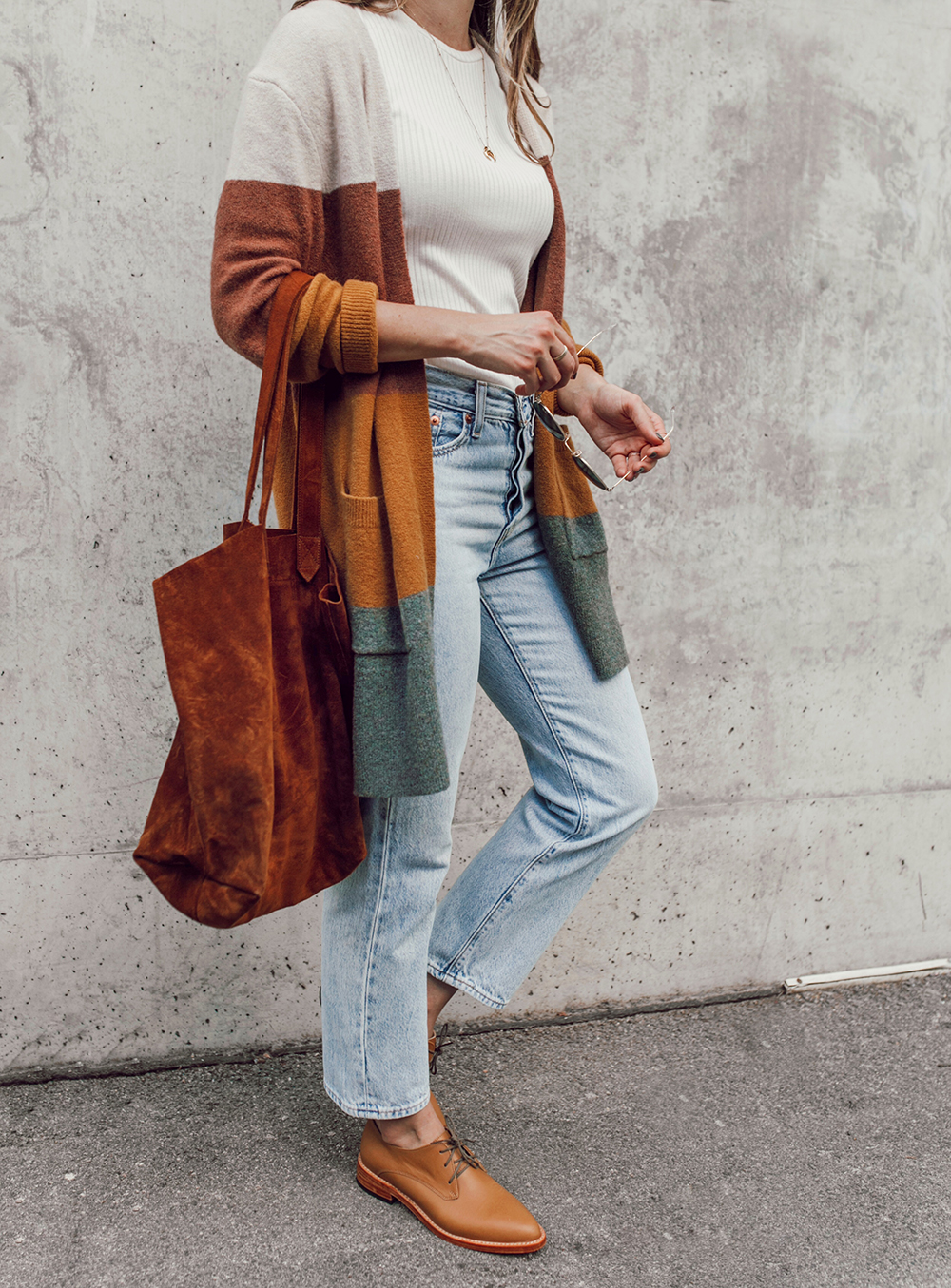 livvyland-blog-olivia-watson-austin-texas-fashion-lifestyle-blogger-nisolo-james-oxford-fall-outfit-idea-madewell-kent-cardigan-12