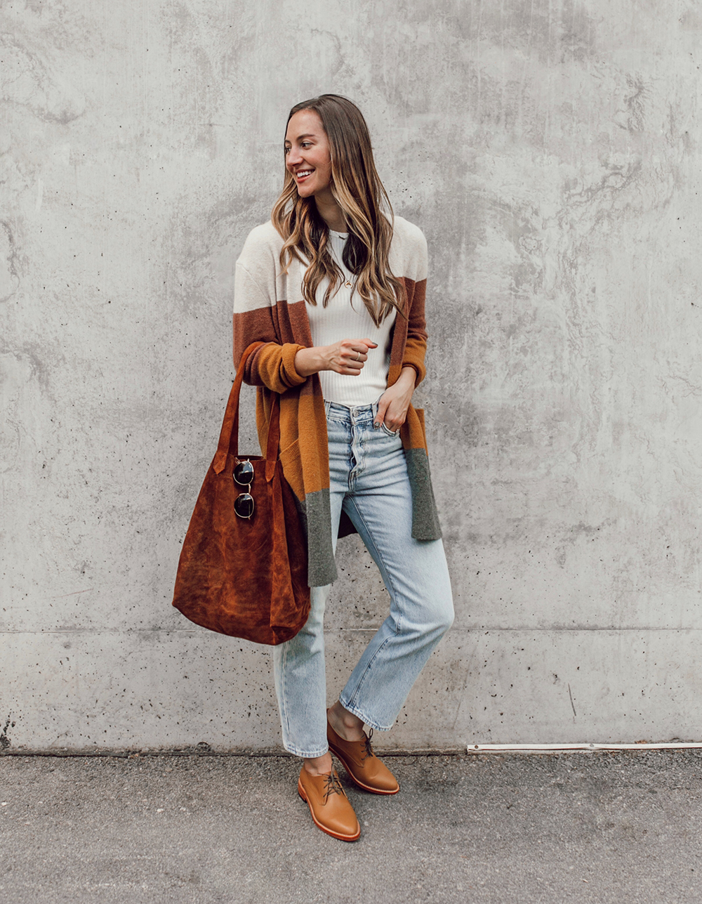 livvyland-blog-olivia-watson-austin-texas-fashion-lifestyle-blogger-nisolo-james-oxford-fall-outfit-idea-madewell-kent-cardigan-5