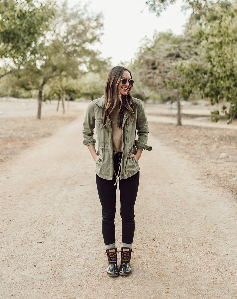 livvyland-blog-olivia-watson-austin-texas-lifestyle-fashion-blogger-sperry-saltwater-duck-boots-outfit-idea-fall-style-8