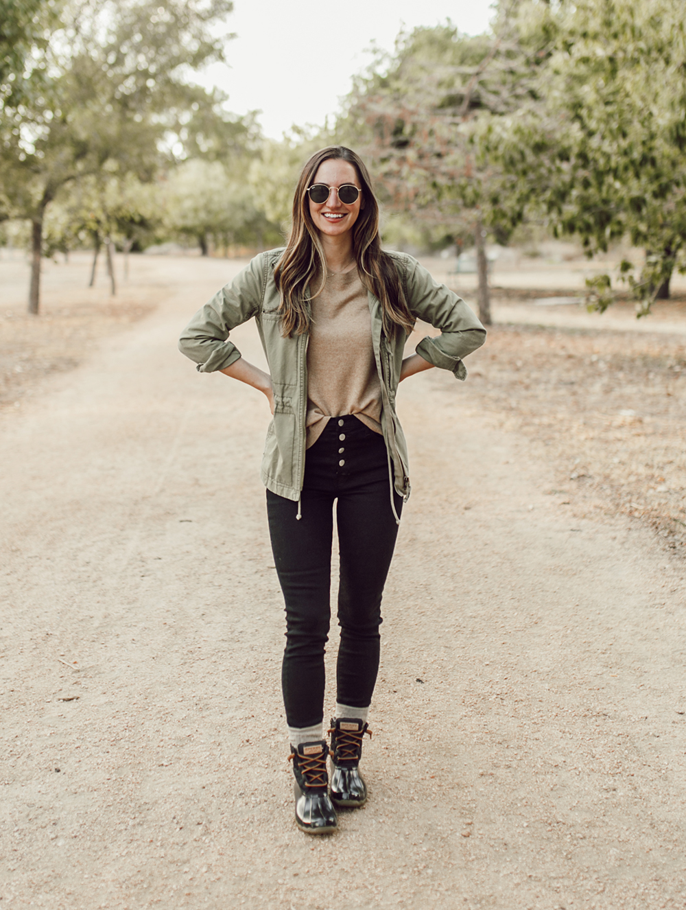 livvyland-blog-olivia-watson-austin-texas-lifestyle-fashion-blogger-sperry-saltwater-duck-boots-outfit-idea-fall-style-9