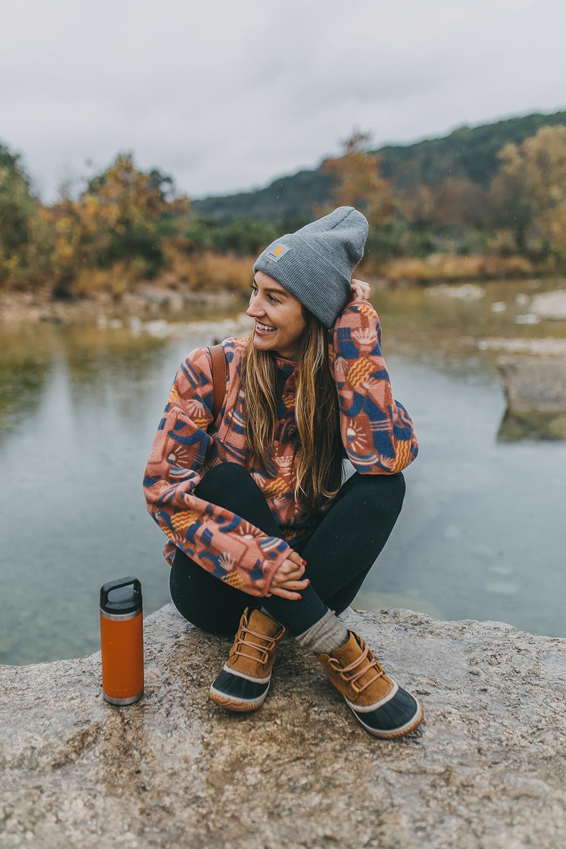 livvyland-blog-olivia-watson-austin-texas-barton-creek-greenbelt-hike-lost-creek-backcountry-patagonia-snap-fleece-pullover-7