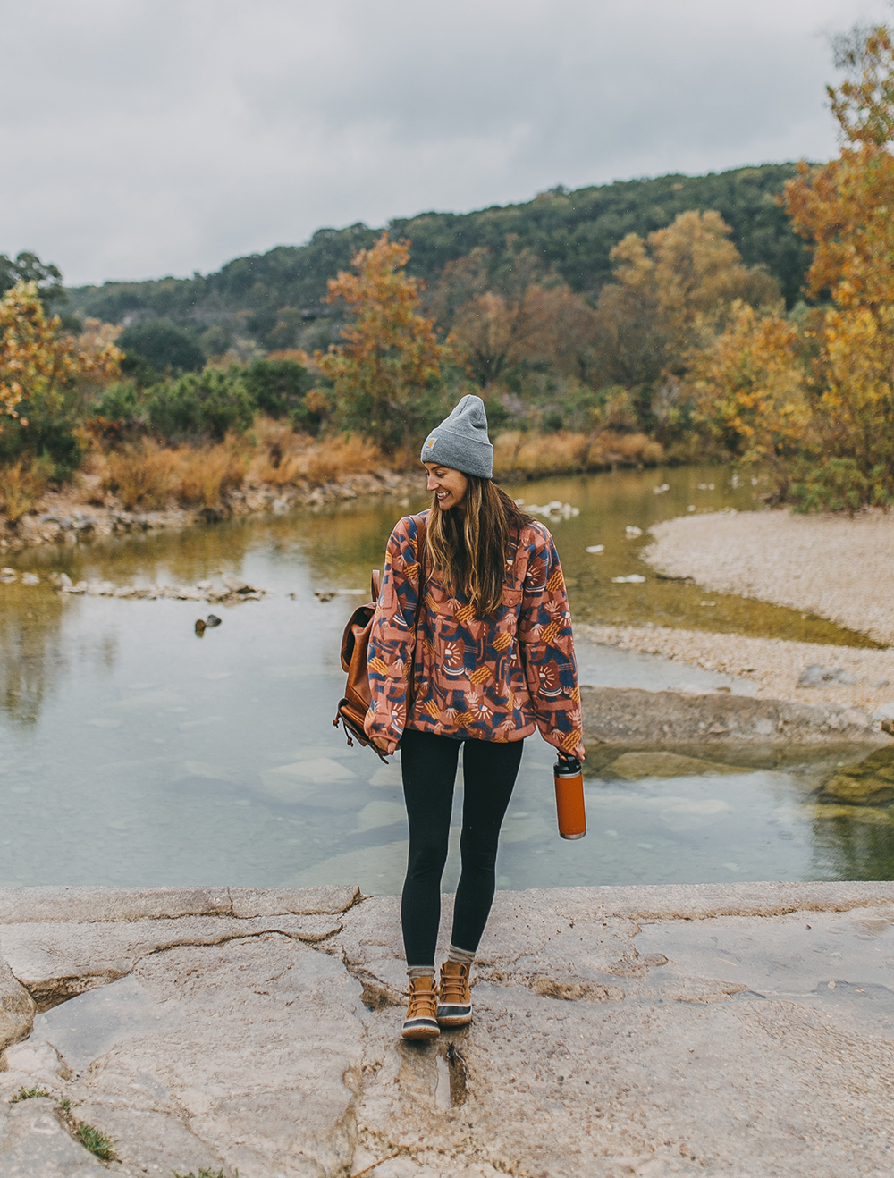 livvyland-blog-olivia-watson-barton-creek-greenbelt-hike-backcountry-patagonia-snap-fleece-pullover-5