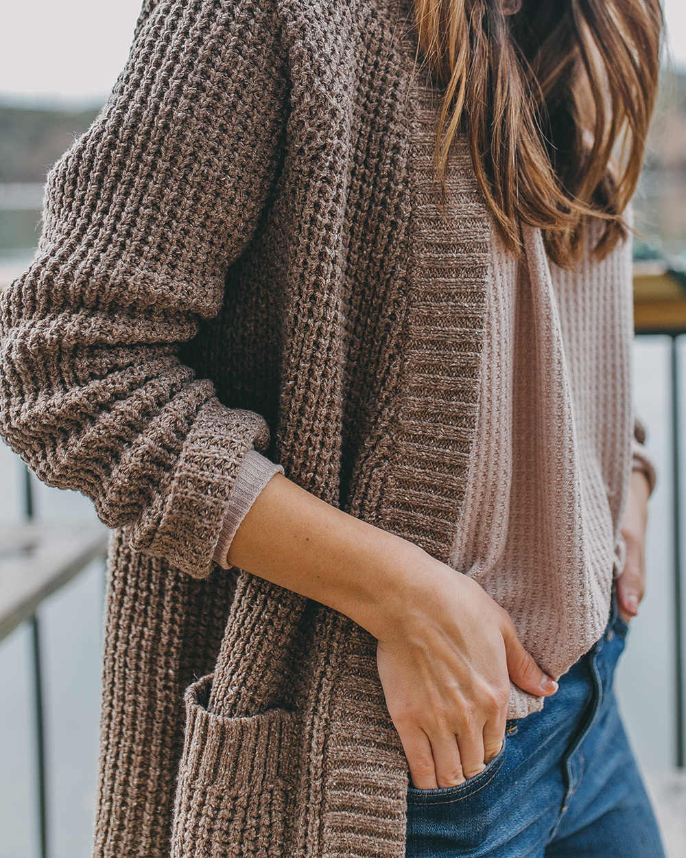 livvyland-blog-olivia-watson-austin-texas-lifestyle-motherhood-blogger-mozarts-coffee-patagonia-cardigan-off-country-cardigan-1