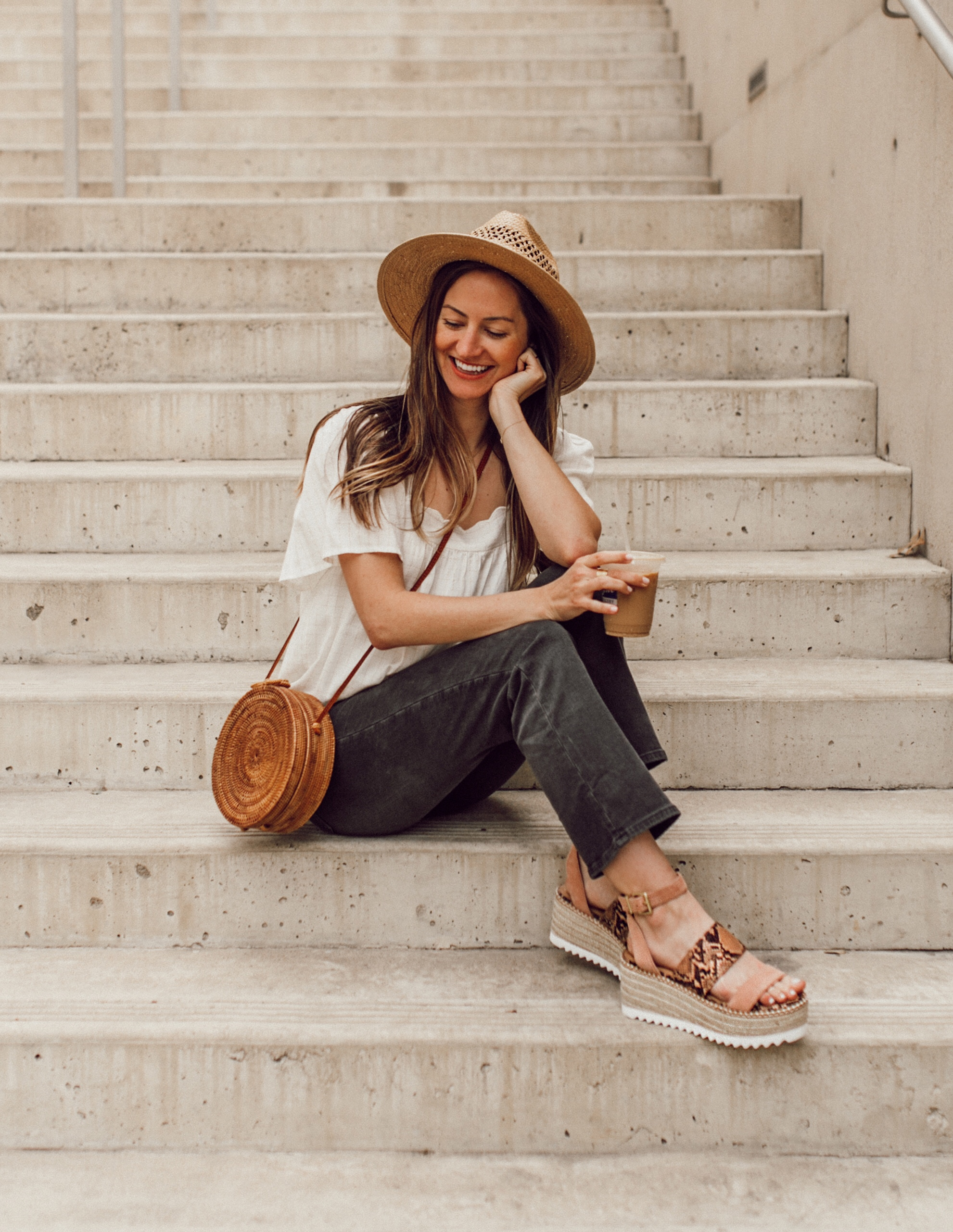 livvyland-blog-olivia-watson-austin-texas-fashion-style-blogger-crown-vintage-spring-peach-wedges-shoes-affordable-dsw-6