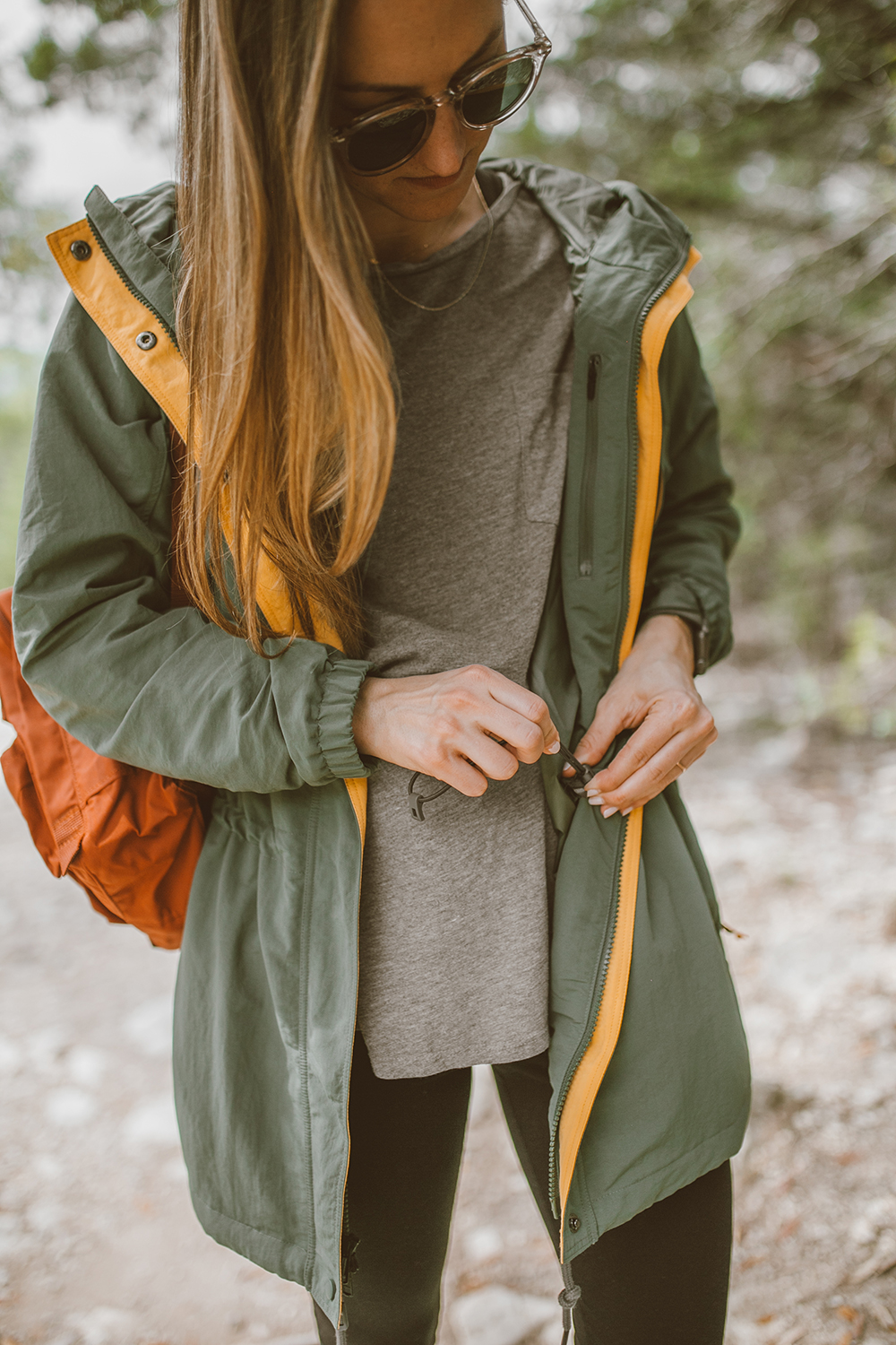 livvyland-blog-olivia-watson-austin-texas-greenbelt-hike-nature-walk-patagonia-skyforest-green-parka-1