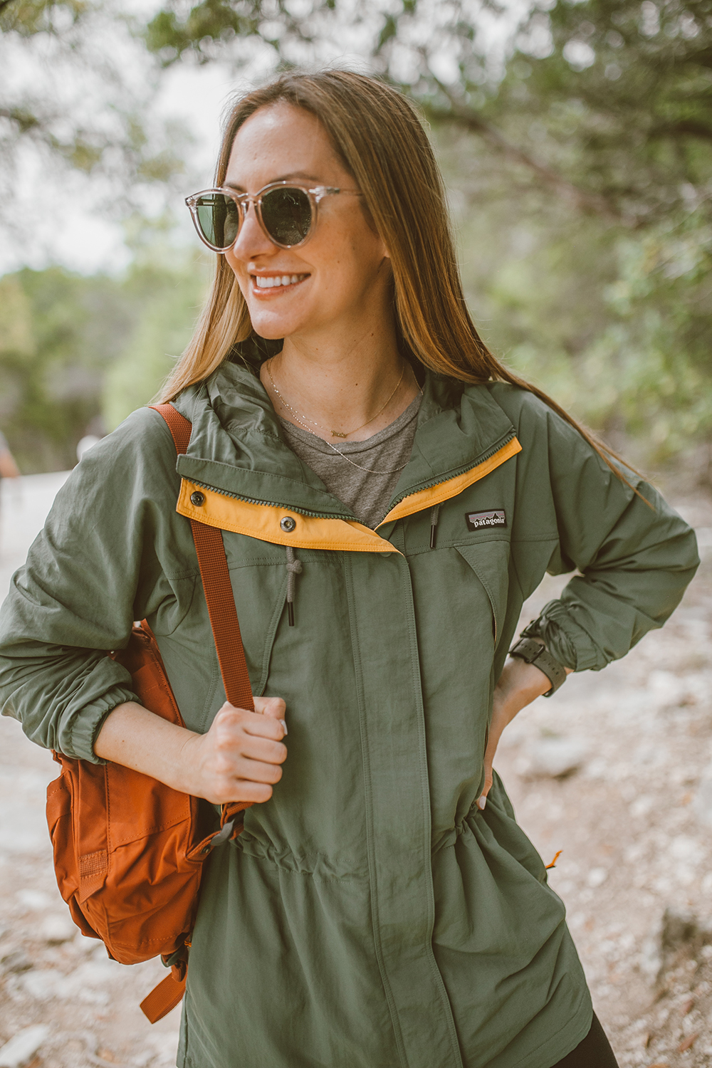 livvyland-blog-olivia-watson-austin-texas-greenbelt-hike-nature-walk-patagonia-skyforest-green-parka-2