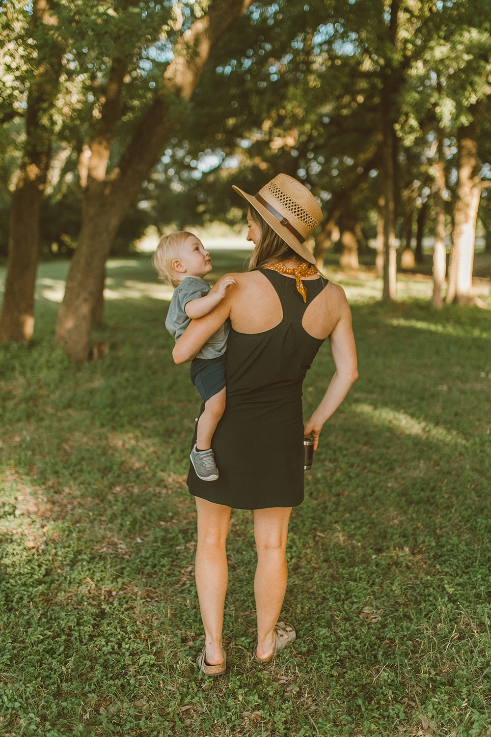 livvyland-blog-olivia-watson-austin-texas-lifestyle-motherhood-blogger-fathers-day-gift-guide-outdoors-ideas-10