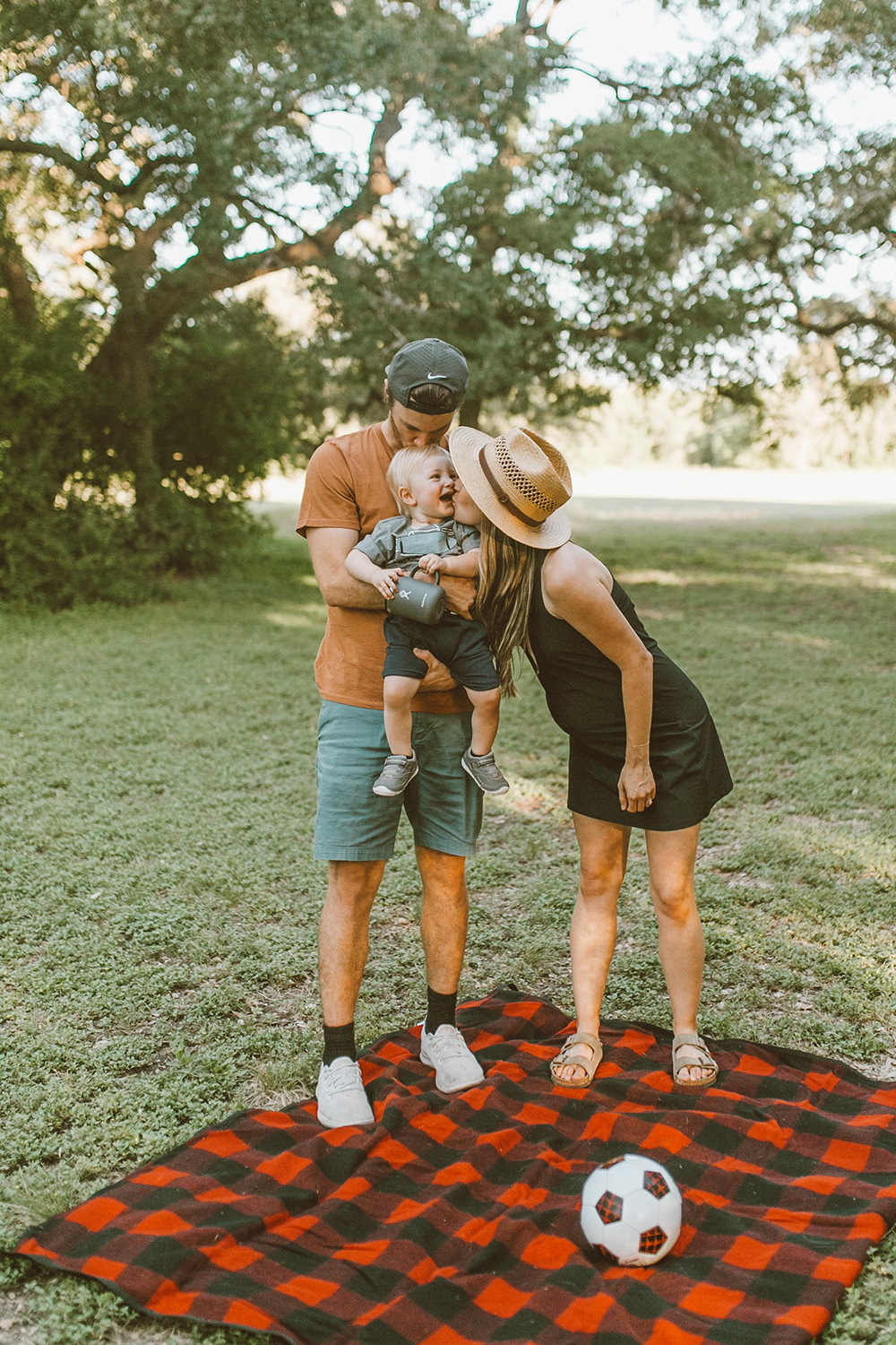 livvyland-blog-olivia-watson-austin-texas-lifestyle-motherhood-blogger-fathers-day-gift-guide-outdoors-ideas-3