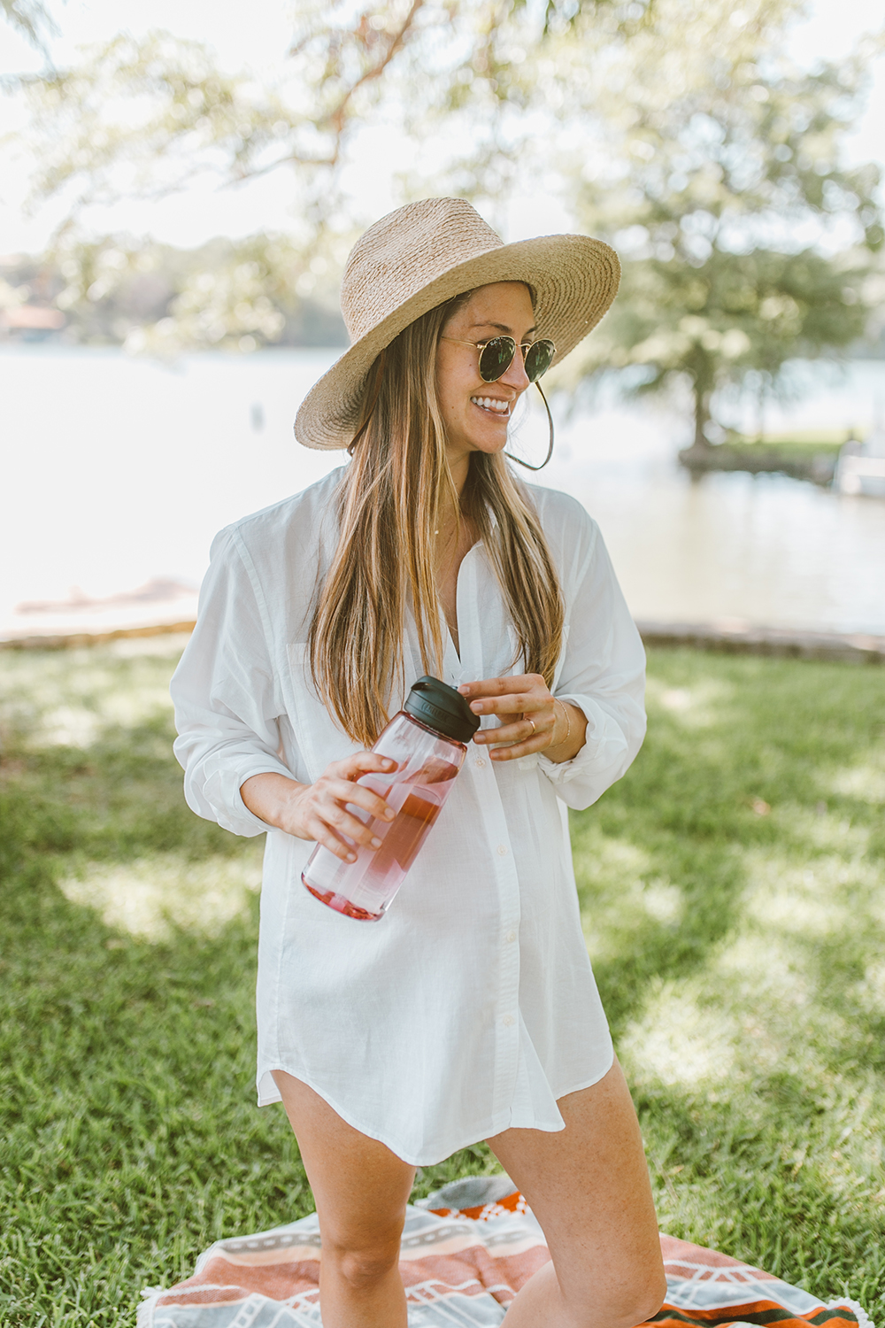 livvyland-blog-olivia-watson-lake-austin-texas-lifestyle-mom-blogger-maternity-AC-button-down-patagonia-swimsuit-cover-up-1