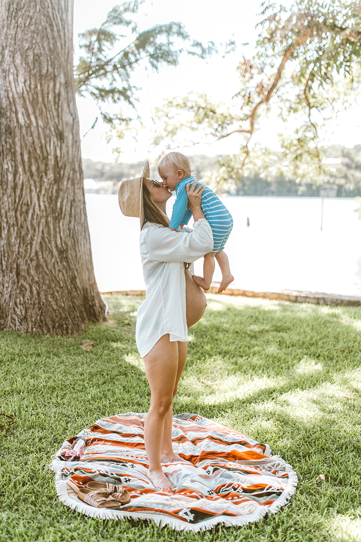 livvyland-blog-olivia-watson-lake-austin-texas-lifestyle-mom-blogger-maternity-bikini-patagonia-4