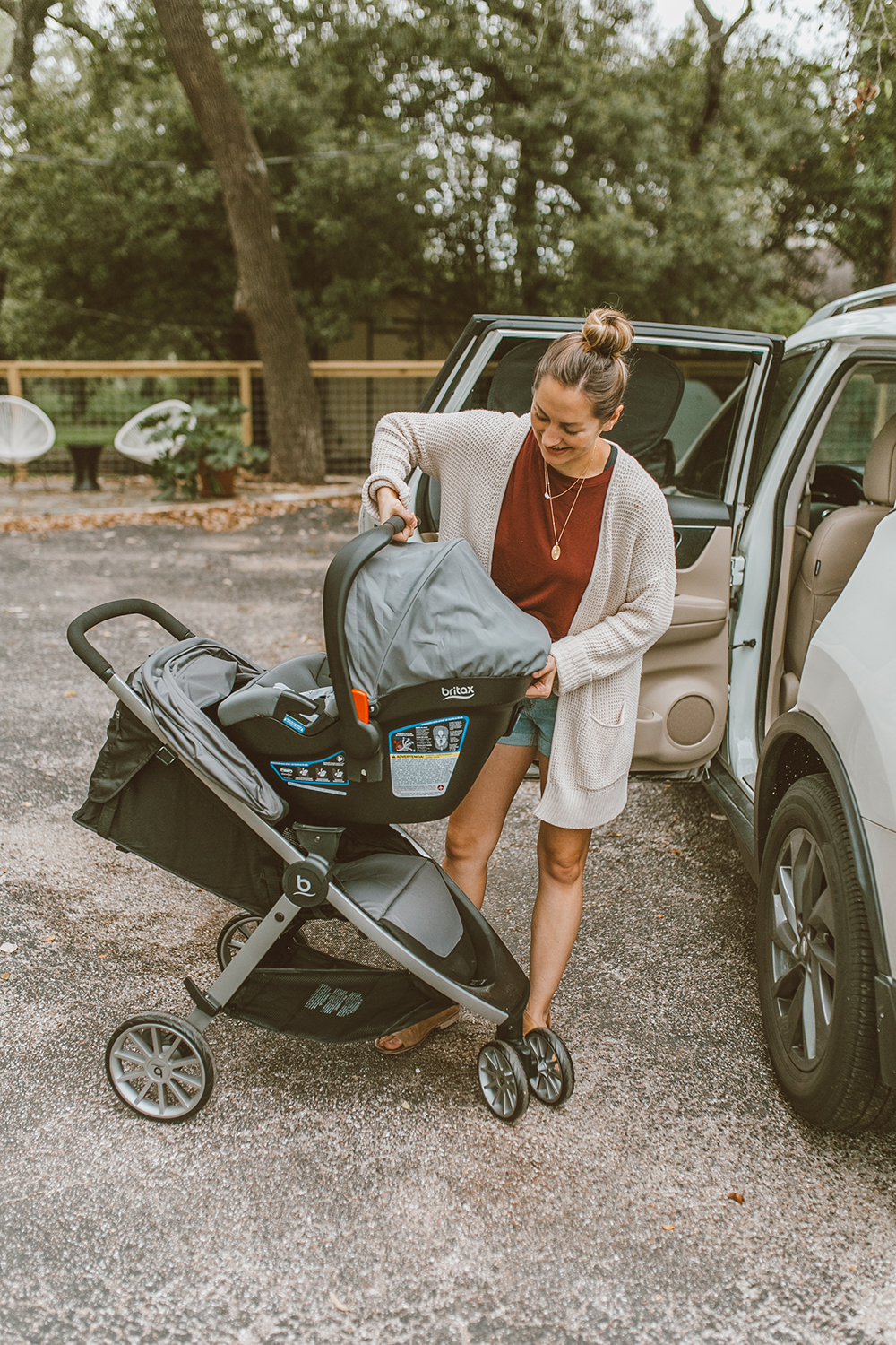 livvyland-blog-olivia-watson-austin-texas-lifestyle-mom-motherhood-blogger-britax-b-lively-travel-system-stroller-review-6