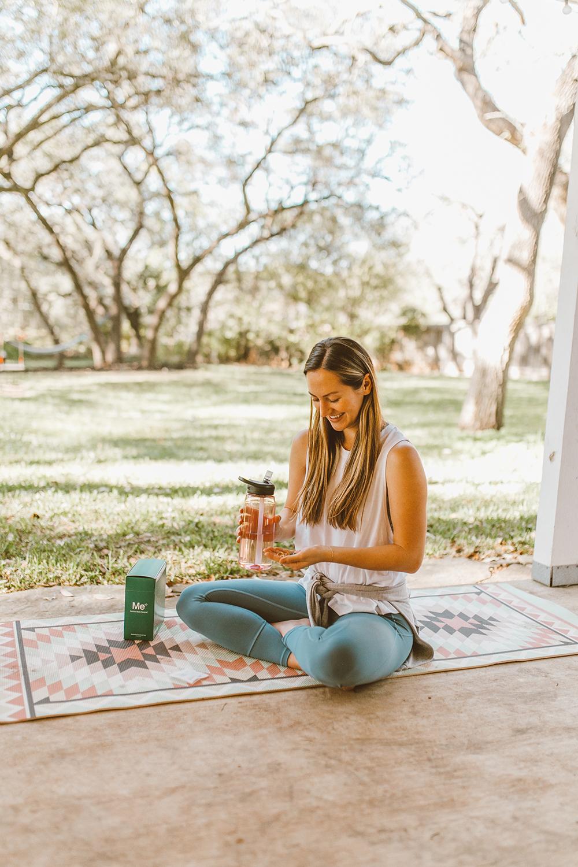livvyland-blog-olivia-watson-mom-lifestyle-fashion-blogger-meology-shaklee-personalized-wellness-postpartum-vitamins-3