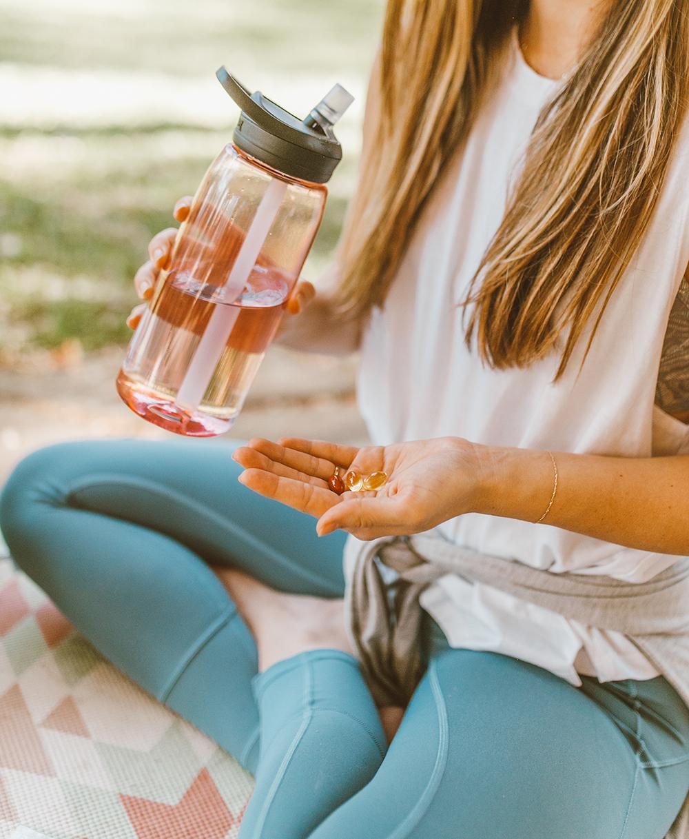 livvyland-blog-olivia-watson-mom-lifestyle-fashion-blogger-meology-shaklee-personalized-wellness-postpartum-vitamins-4