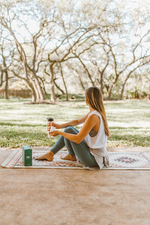 livvyland-blog-olivia-watson-mom-lifestyle-fashion-blogger-meology-shaklee-personalized-wellness-postpartum-vitamins-5