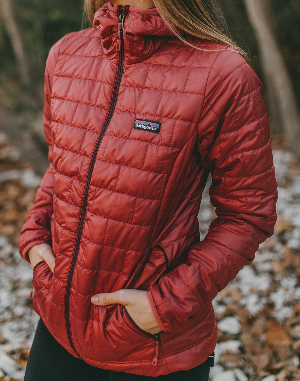 livvyland-blog-olivia-watson-austin-texas-hike-patagonia-nano-puff-hooded-insulated-jacket-1